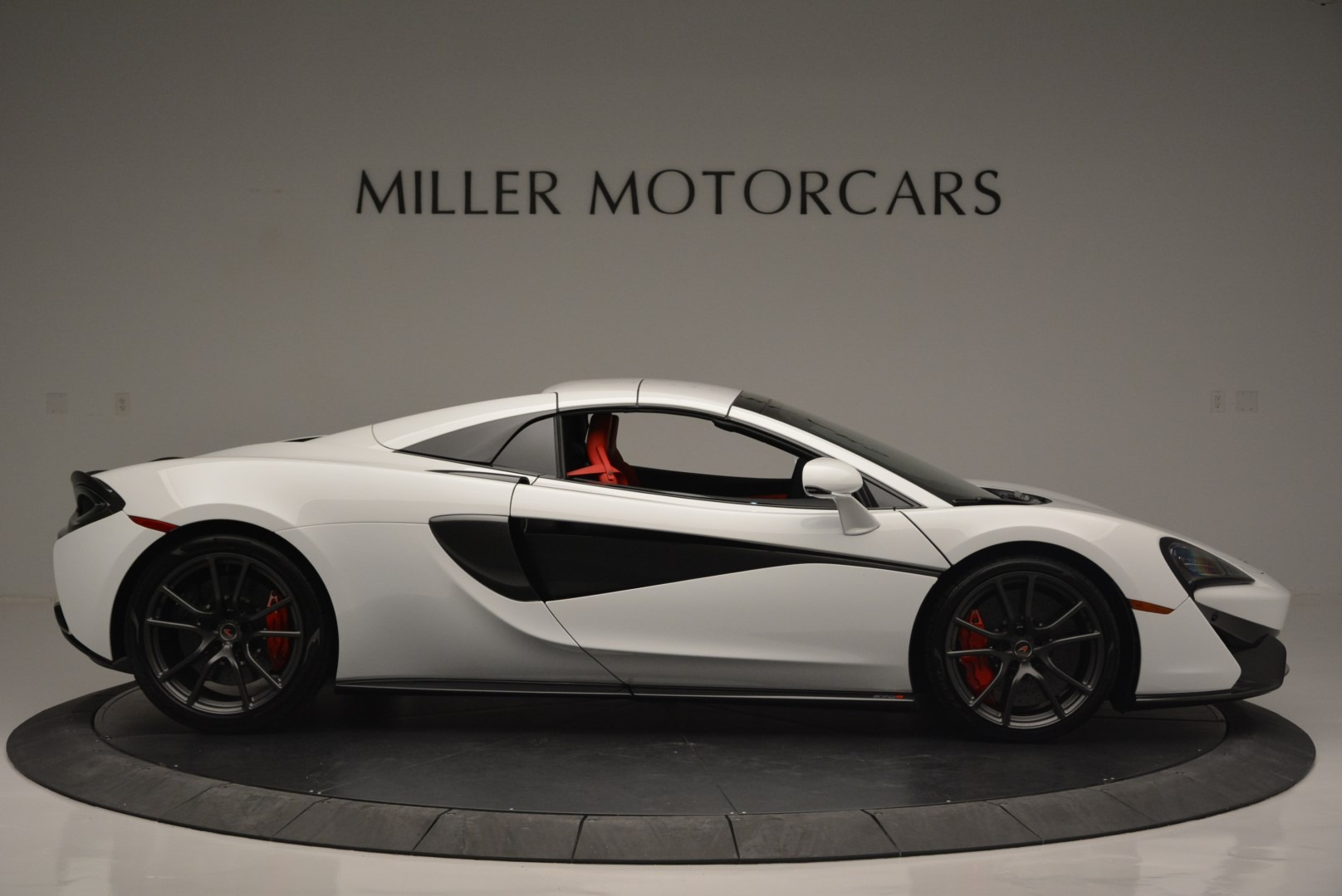 Used 2018 McLaren 570S Spider For Sale In Greenwich, CT 2341_p19