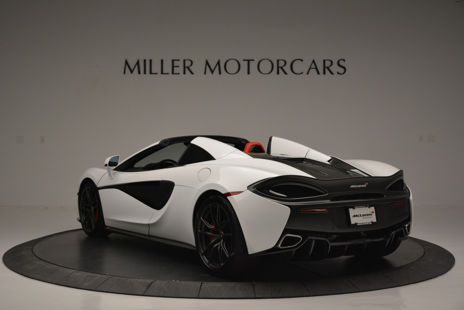 Used 2018 McLaren 570S Spider For Sale In Greenwich, CT 2341_p5