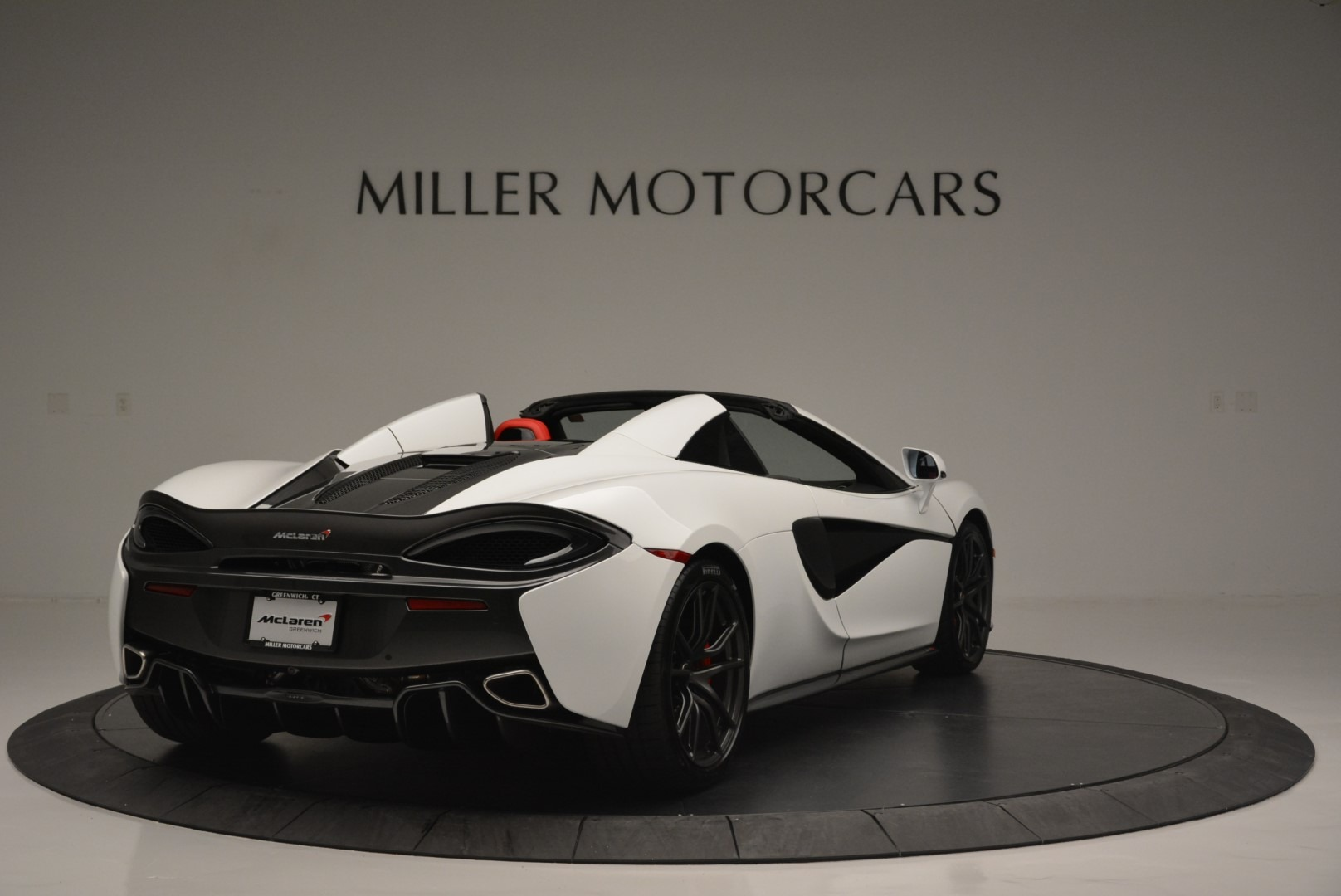 Used 2018 McLaren 570S Spider For Sale In Greenwich, CT 2341_p7