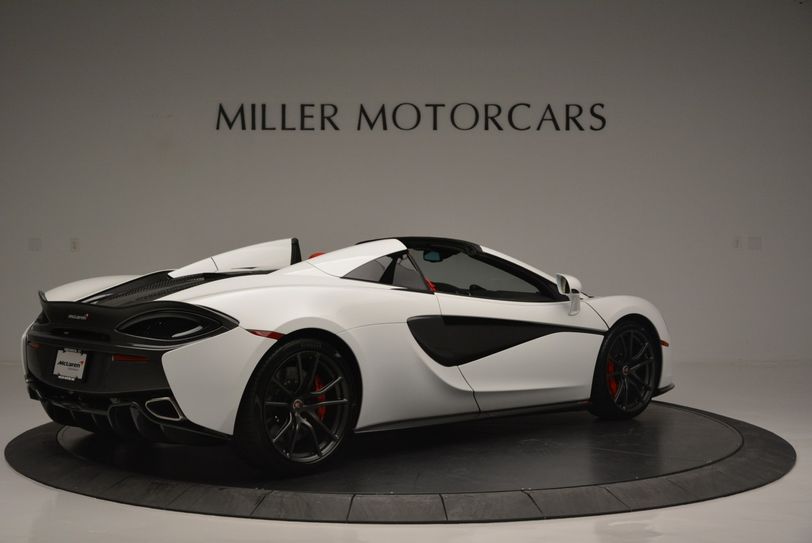 Used 2018 McLaren 570S Spider For Sale In Greenwich, CT 2341_p8