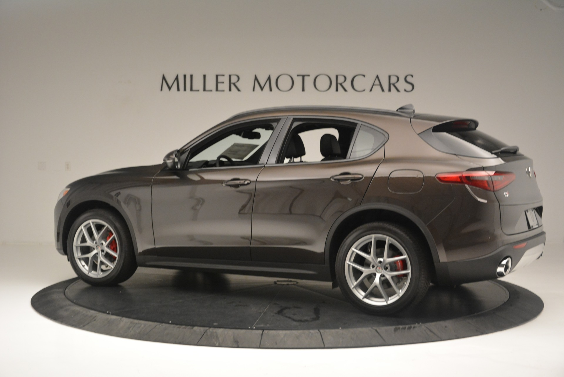New 2018 Alfa Romeo Stelvio Ti Sport Q4 For Sale In Greenwich, CT 2354_p4