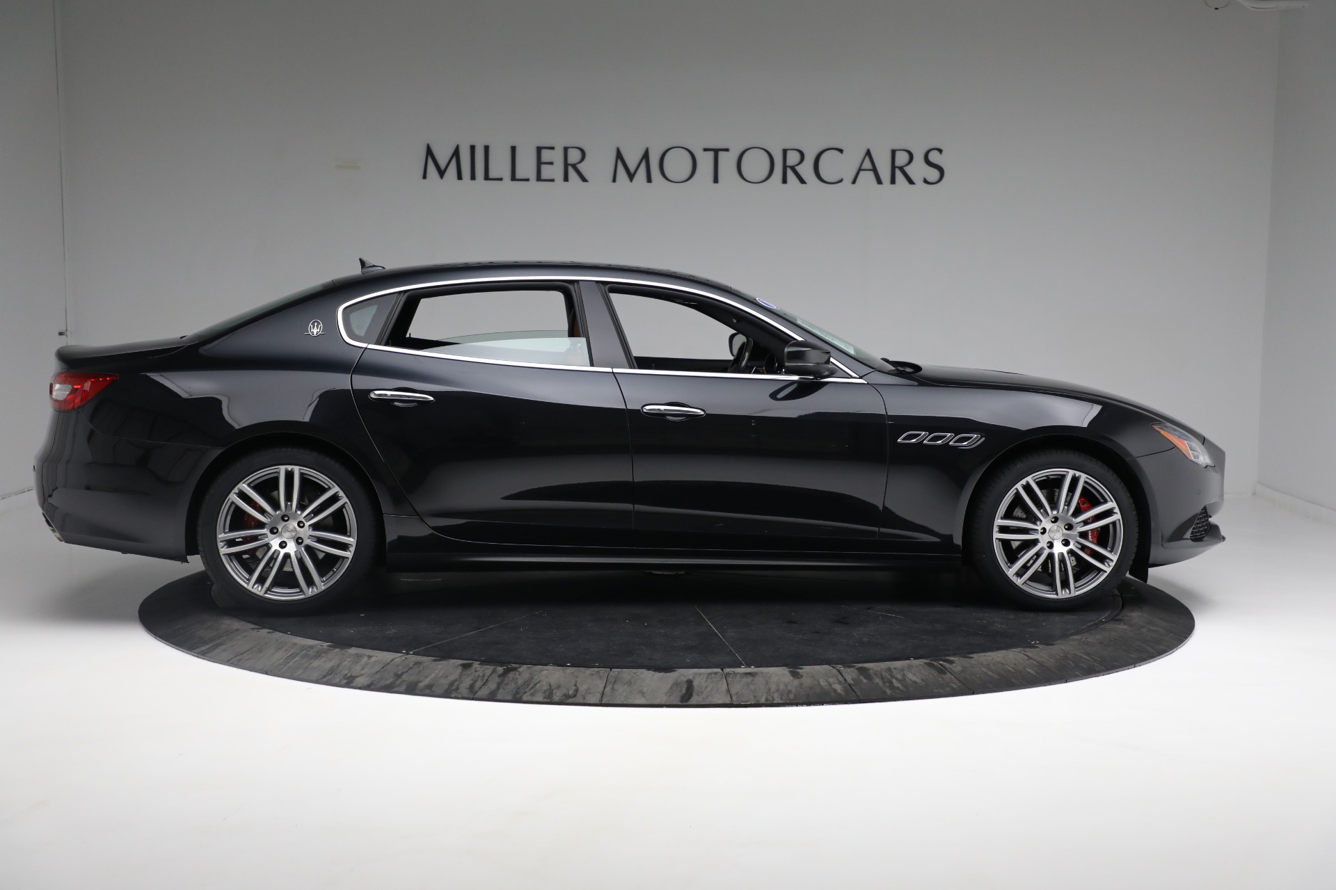 New 2018 Maserati Quattroporte S Q4 For Sale In Greenwich, CT 2359_p10