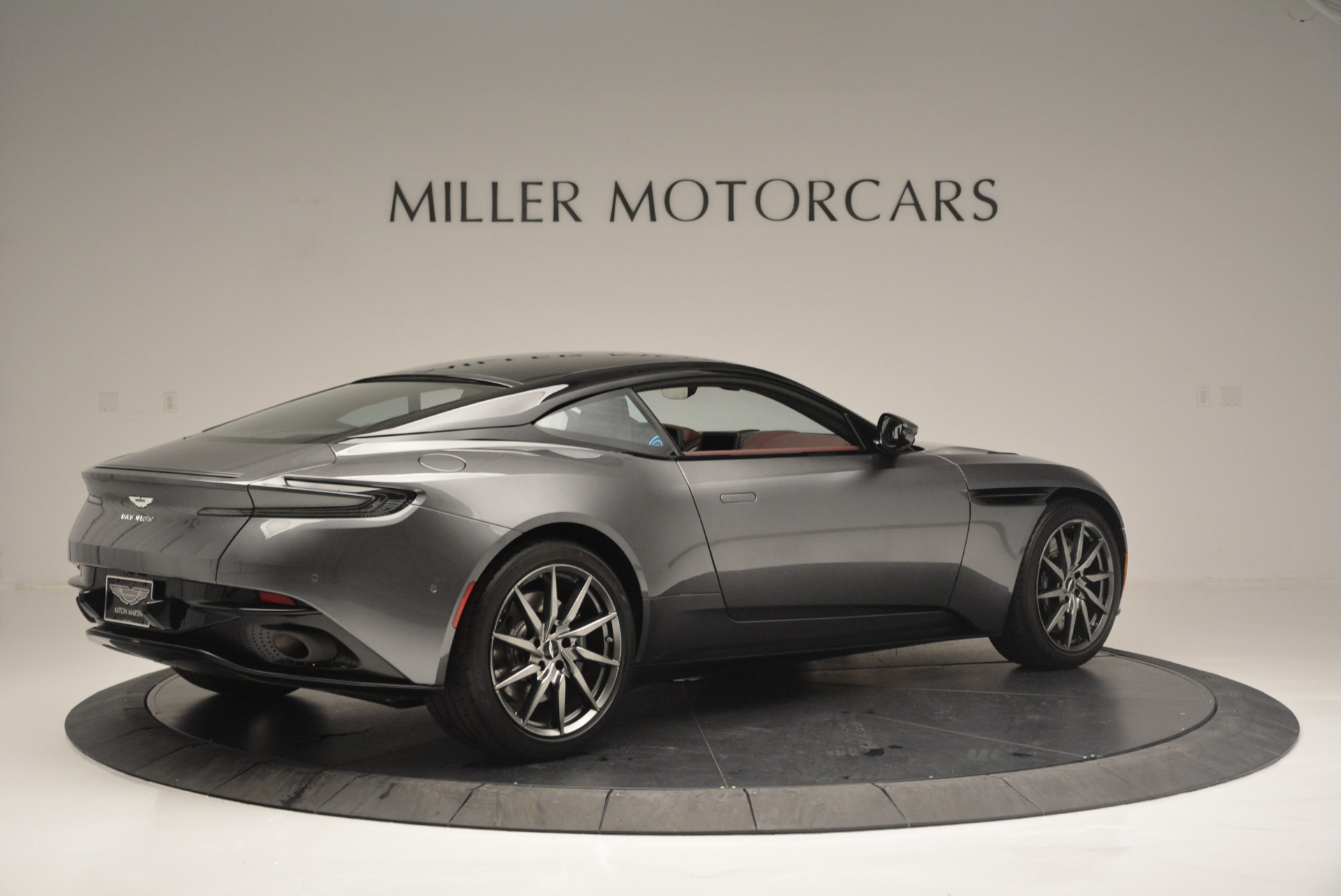 New 2018 Aston Martin DB11 V12 Coupe For Sale In Greenwich, CT 2364_p8