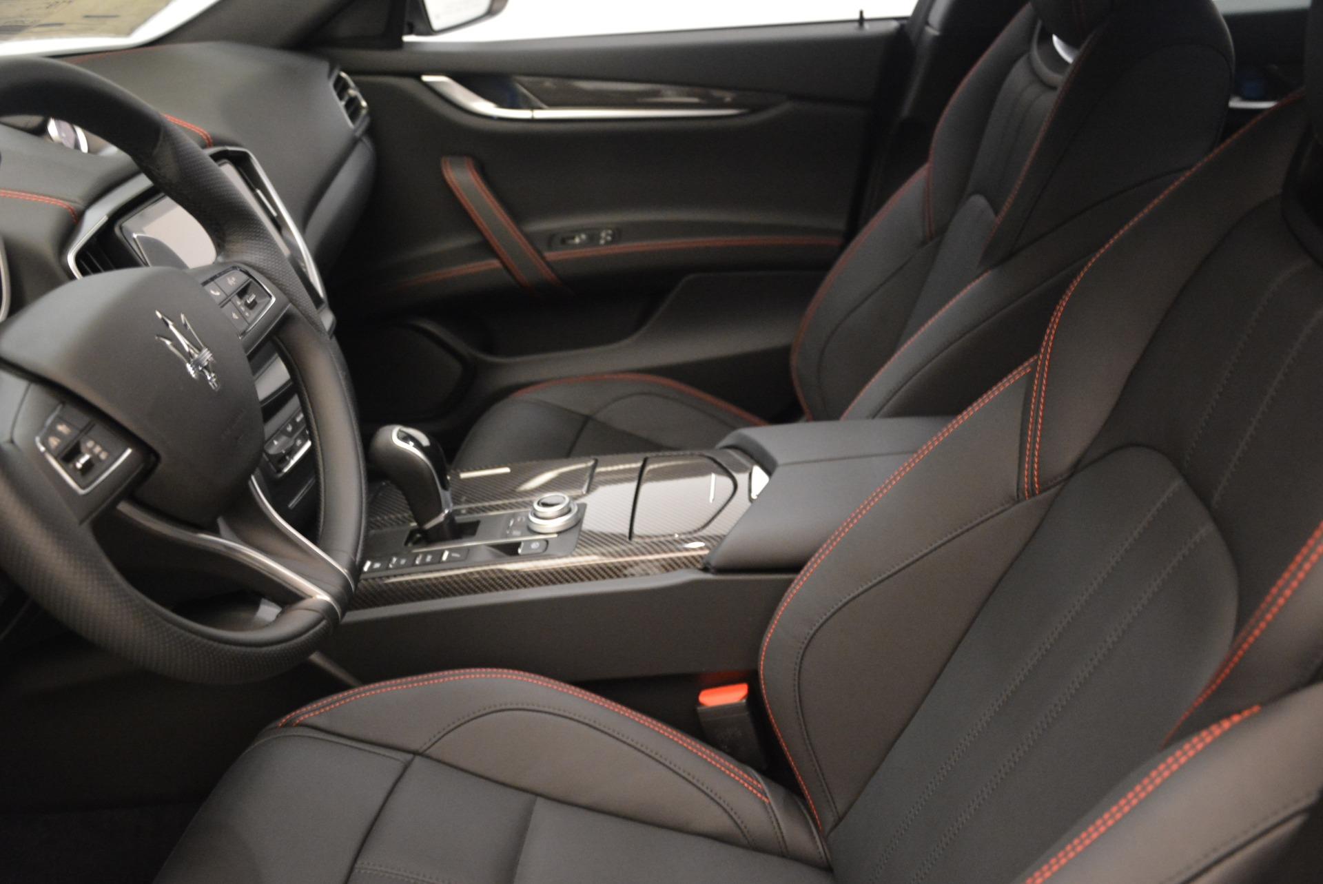 New 2018 Maserati Ghibli SQ4 GranSport Nerissimo For Sale In Greenwich, CT 2366_p14