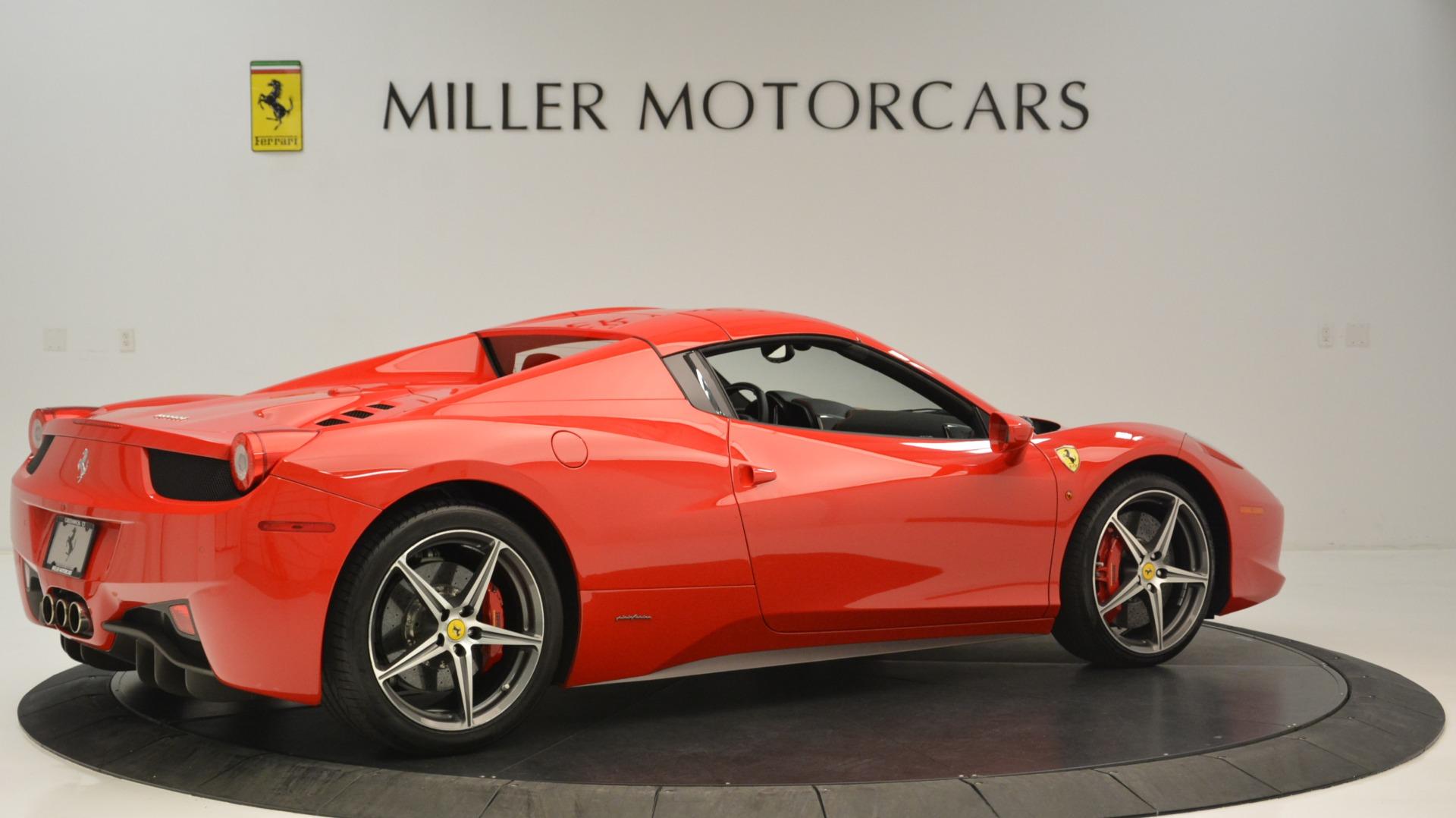 Used 2015 Ferrari 458 Spider  For Sale In Greenwich, CT 2369_p21