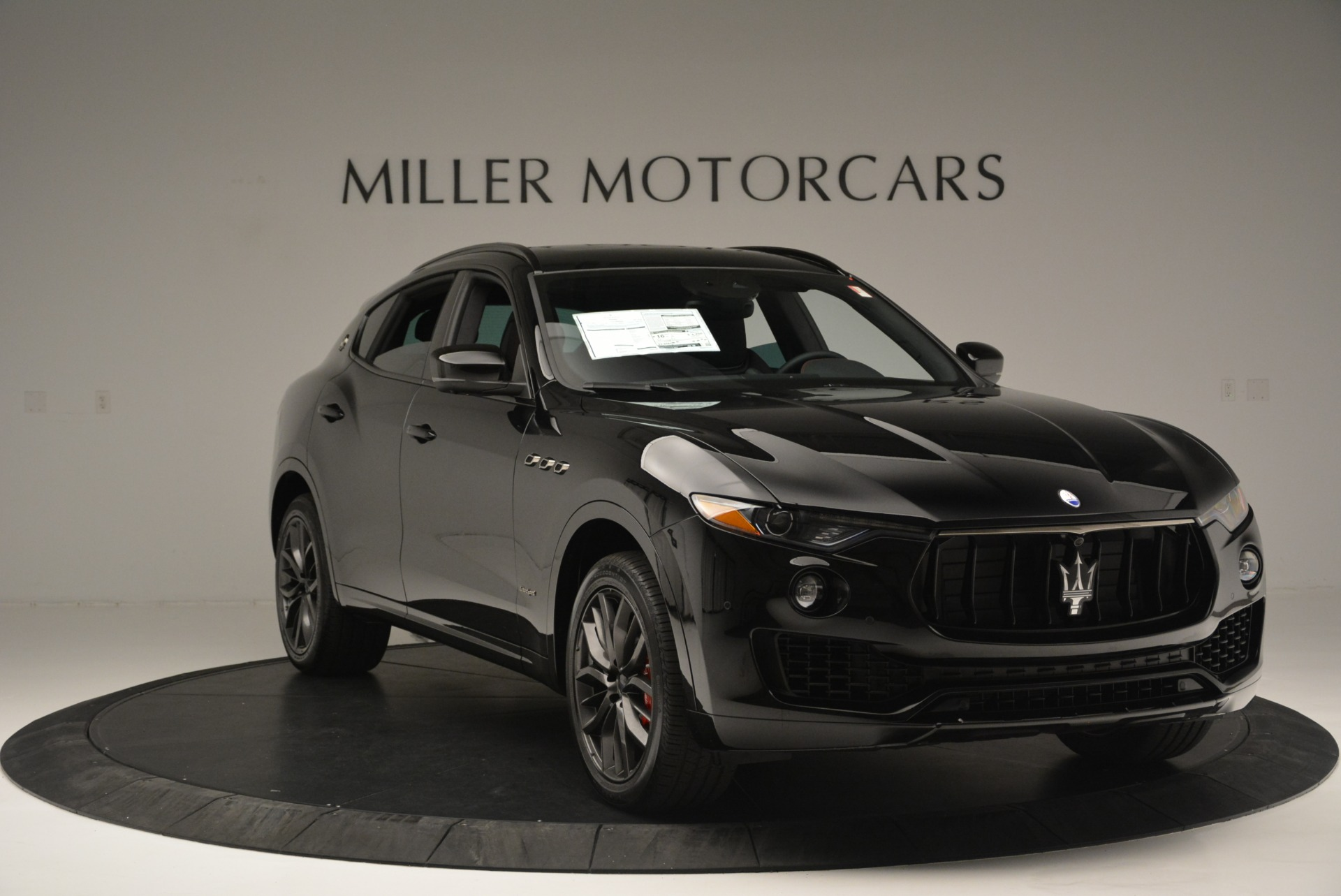 New 2018 Maserati Levante S Q4 GranSport Nerissimo For Sale In Greenwich, CT 2370_p11