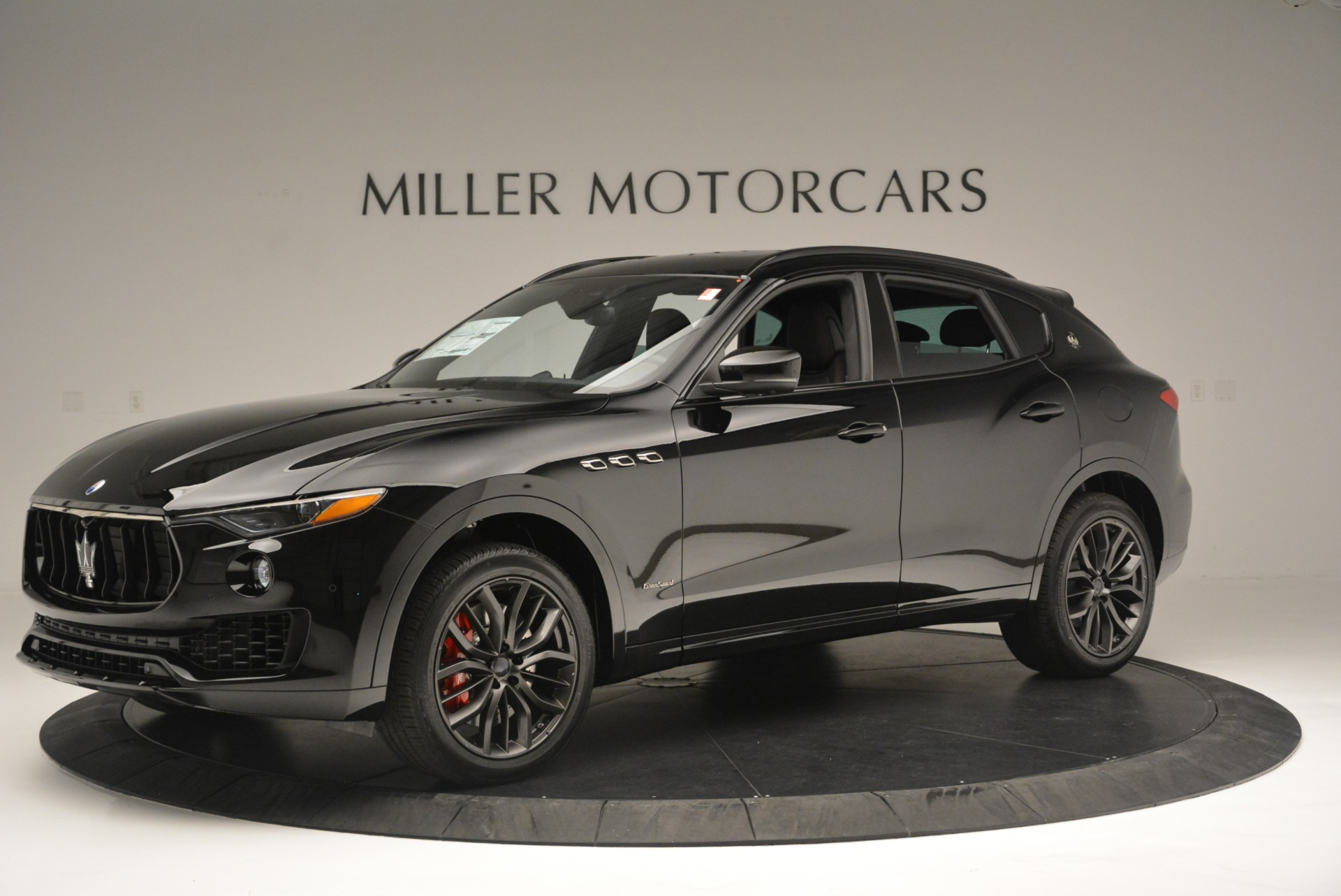 New 2018 Maserati Levante S Q4 GranSport Nerissimo For Sale In Greenwich, CT 2370_p2