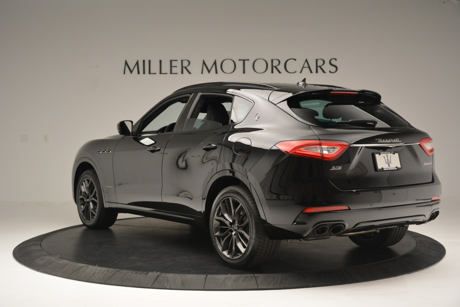 New 2018 Maserati Levante S Q4 GranSport Nerissimo For Sale In Greenwich, CT 2370_p5