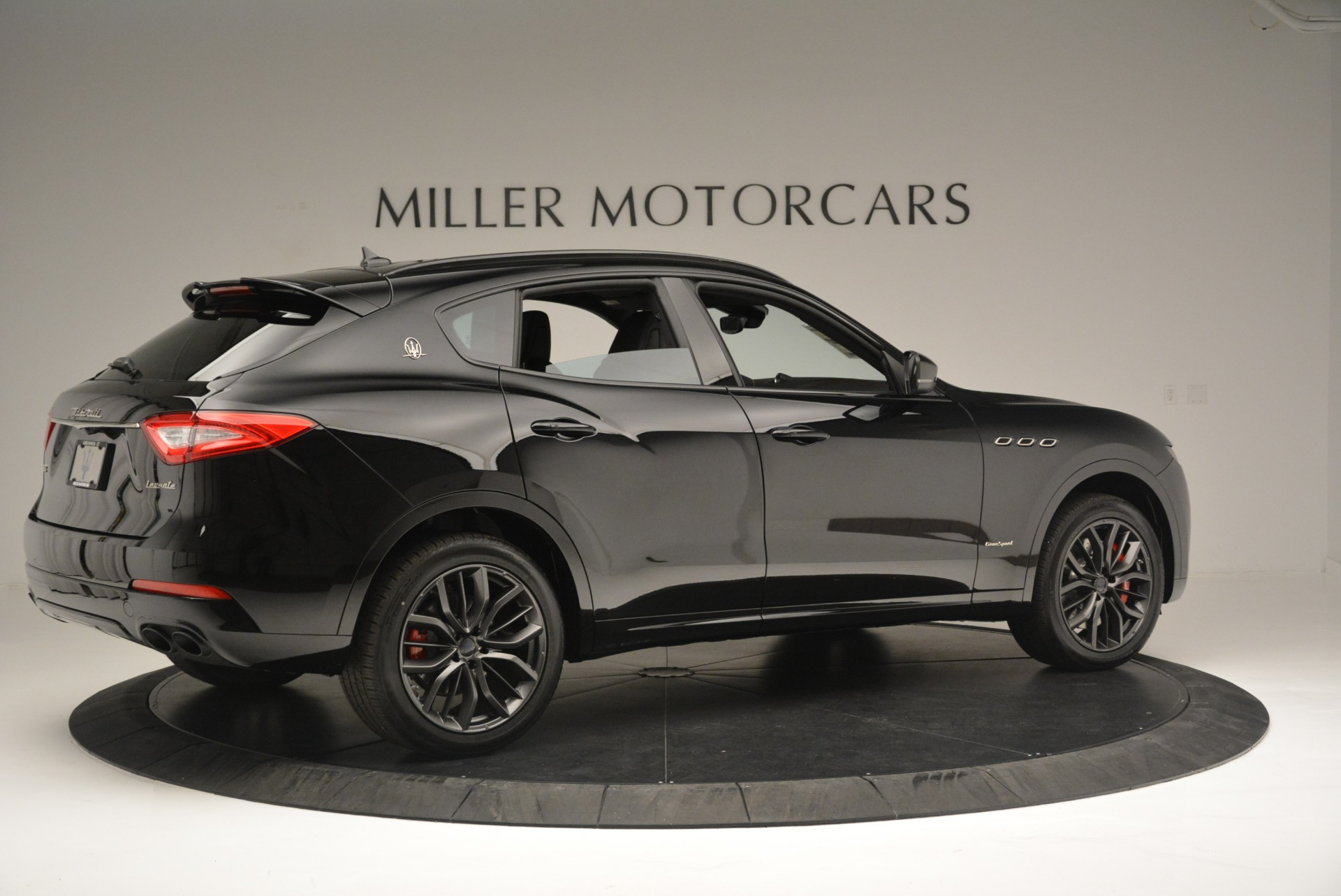 New 2018 Maserati Levante S Q4 GranSport Nerissimo For Sale In Greenwich, CT 2370_p8