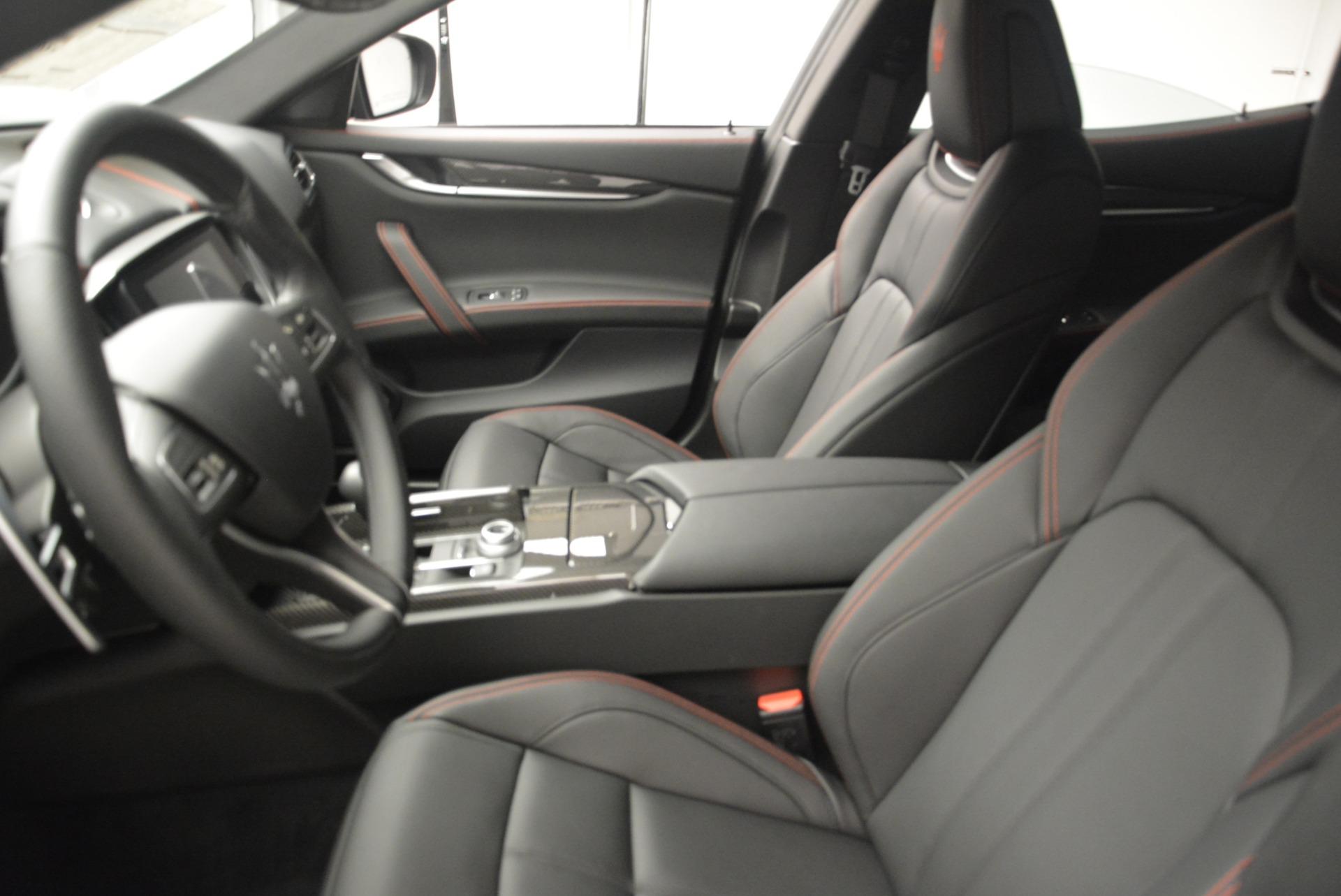New 2018 Maserati Ghibli SQ4 GranSport Nerissimo For Sale In Greenwich, CT 2372_p15