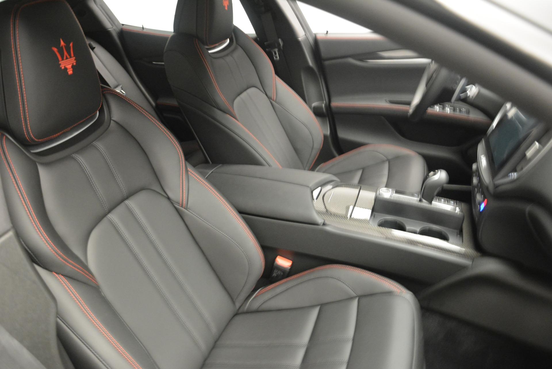 New 2018 Maserati Ghibli SQ4 GranSport Nerissimo For Sale In Greenwich, CT 2372_p20