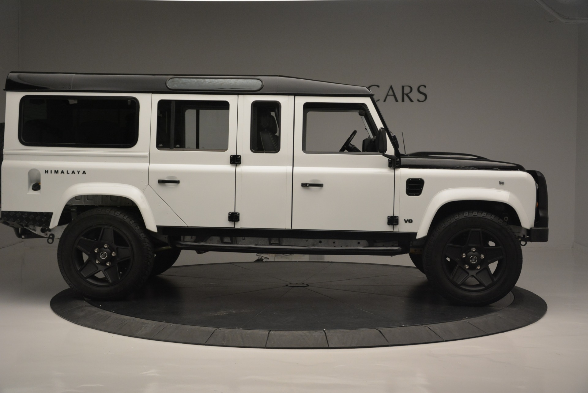 Used 1994 Land Rover Defender 130 Himalaya For Sale In Greenwich, CT 2374_p10