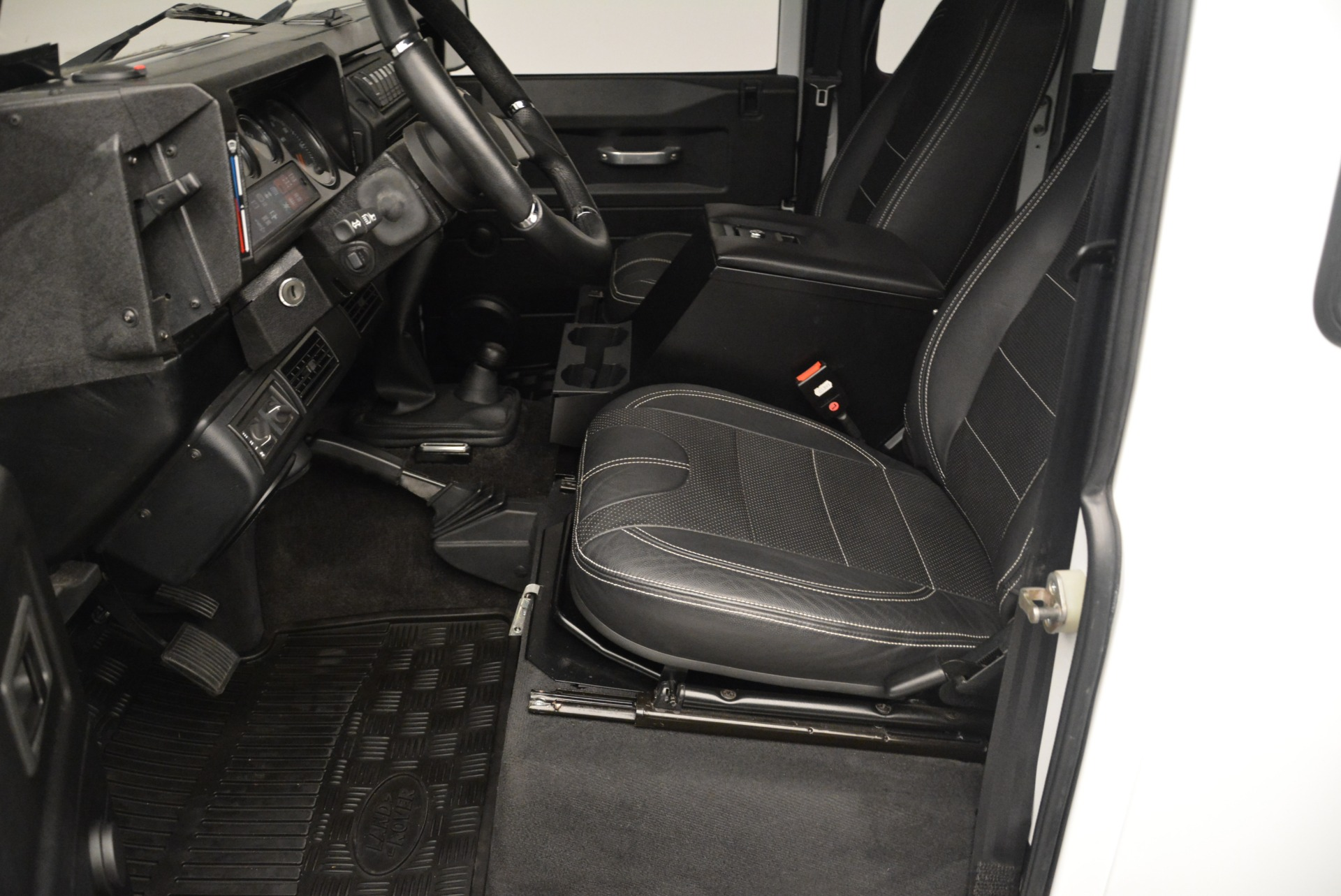 Used 1994 Land Rover Defender 130 Himalaya For Sale In Greenwich, CT 2374_p13