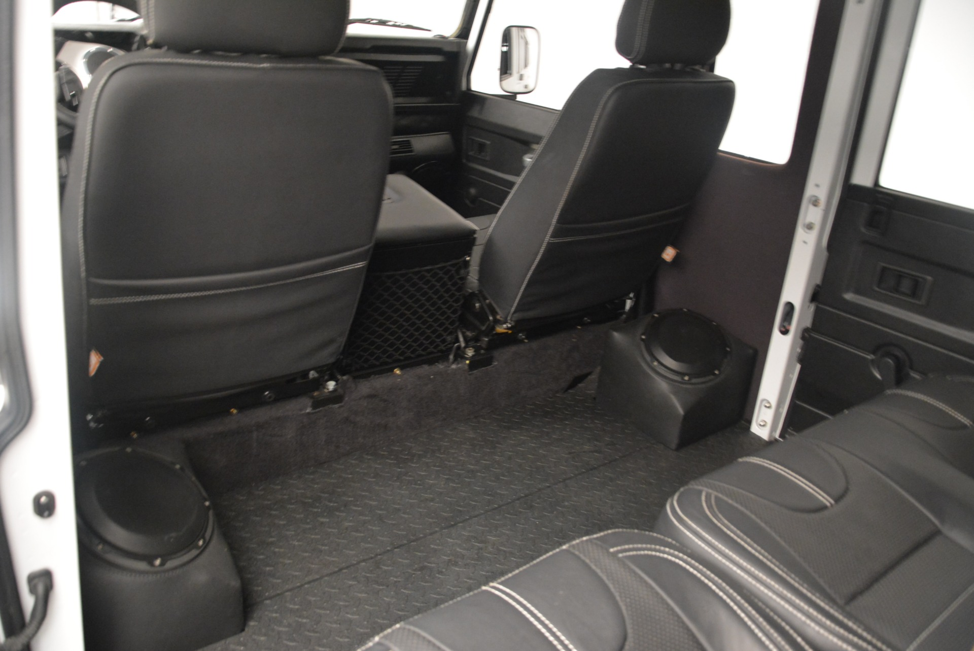 Used 1994 Land Rover Defender 130 Himalaya For Sale In Greenwich, CT 2374_p14
