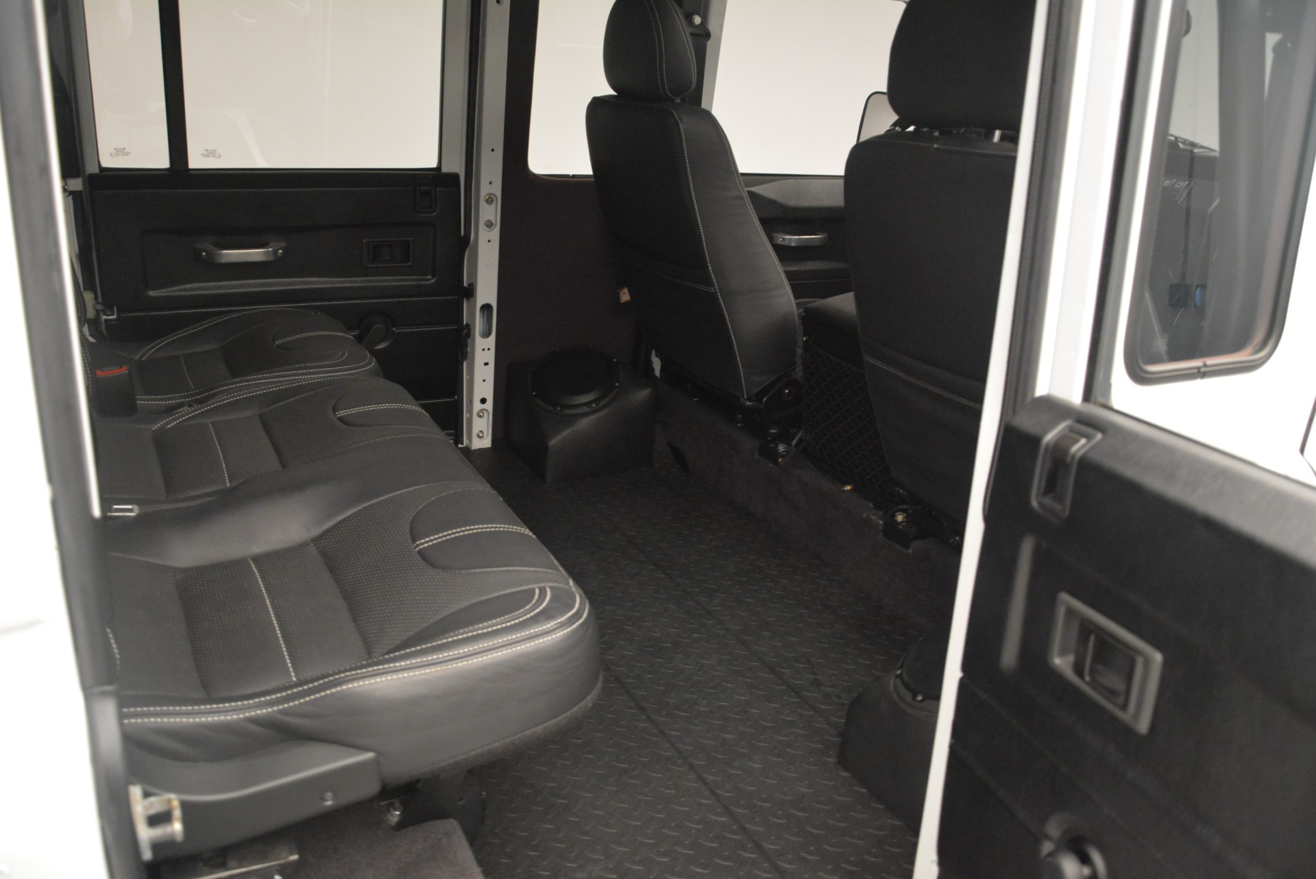 Used 1994 Land Rover Defender 130 Himalaya For Sale In Greenwich, CT 2374_p17