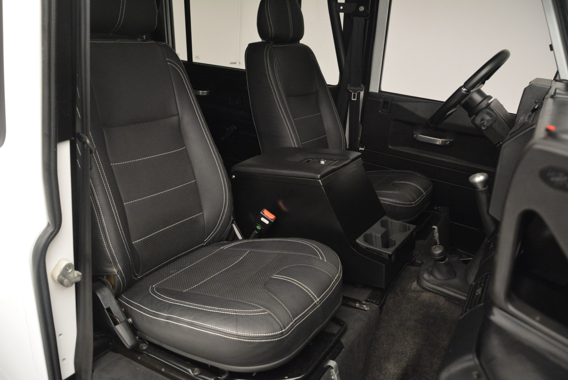 Used 1994 Land Rover Defender 130 Himalaya For Sale In Greenwich, CT 2374_p21