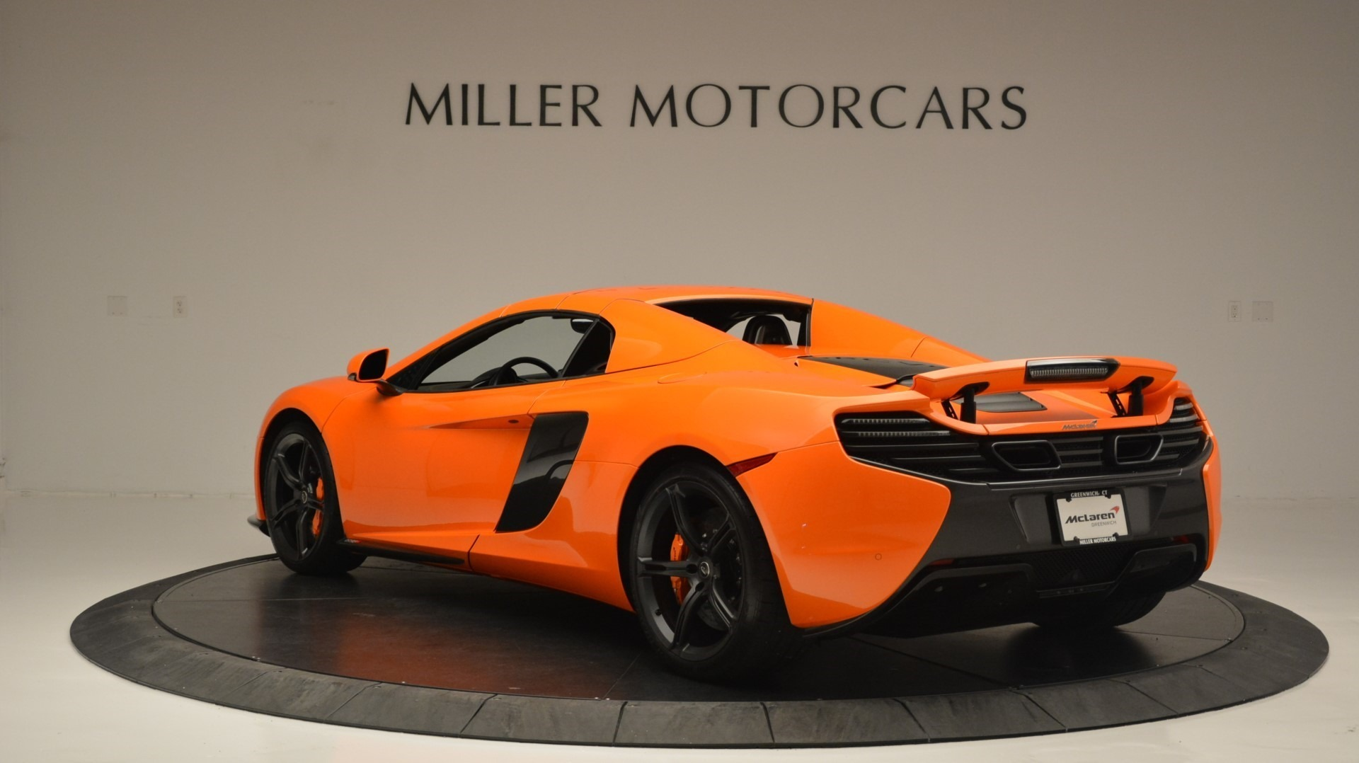 Used 2015 McLaren 650S Spider Convertible For Sale In Greenwich, CT 2375_p17