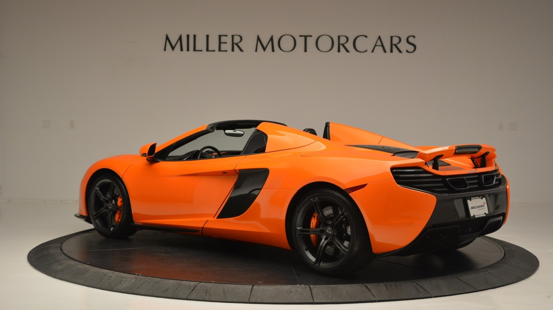 Used 2015 McLaren 650S Spider Convertible For Sale In Greenwich, CT 2375_p4