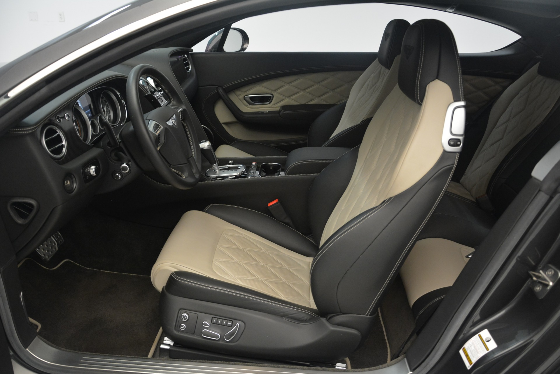 Used 2013 Bentley Continental GT V8 For Sale In Greenwich, CT 2377_p19