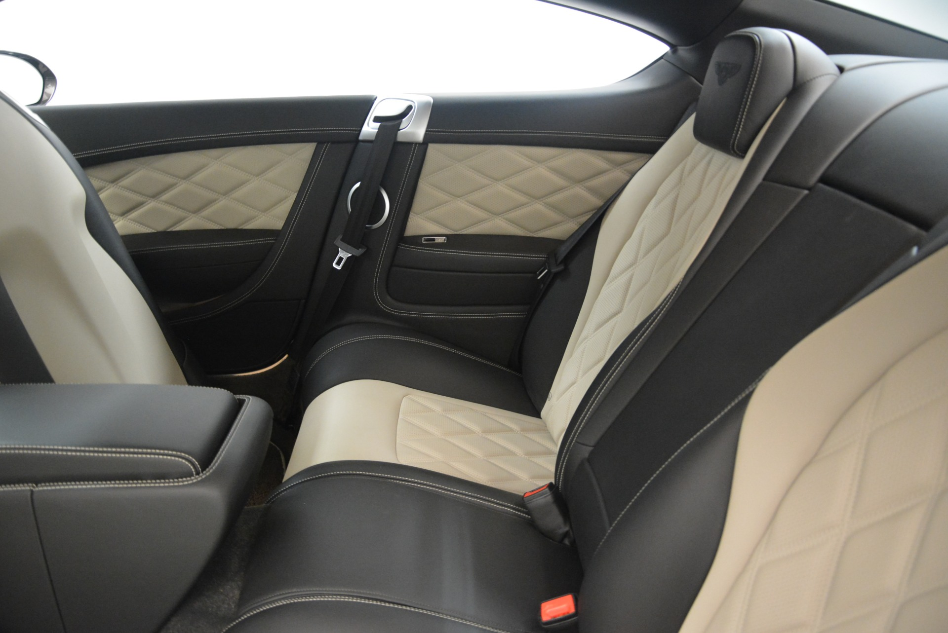 Used 2013 Bentley Continental GT V8 For Sale In Greenwich, CT 2377_p24