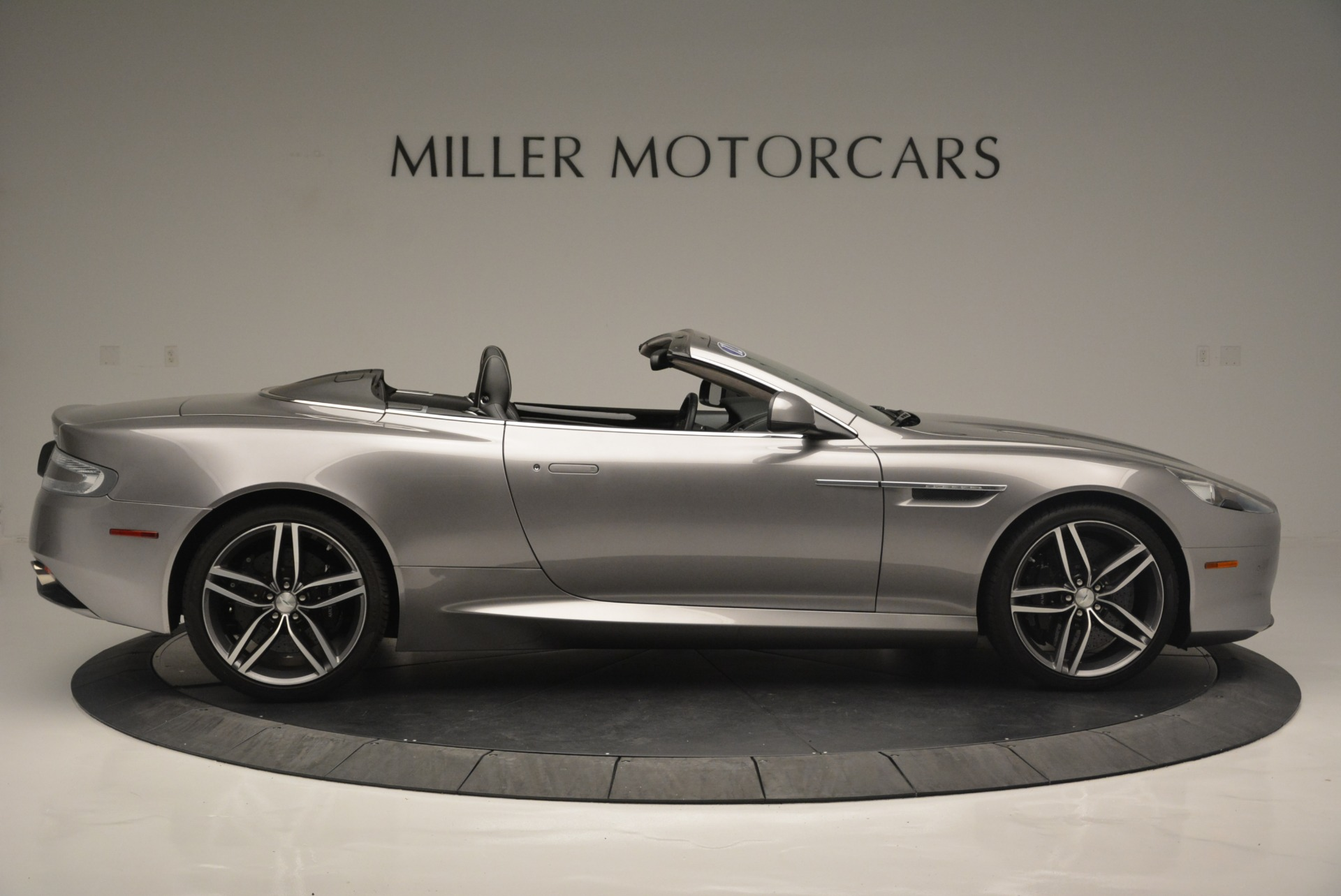 Used 2012 Aston Martin Virage Volante For Sale In Greenwich, CT 2378_p9