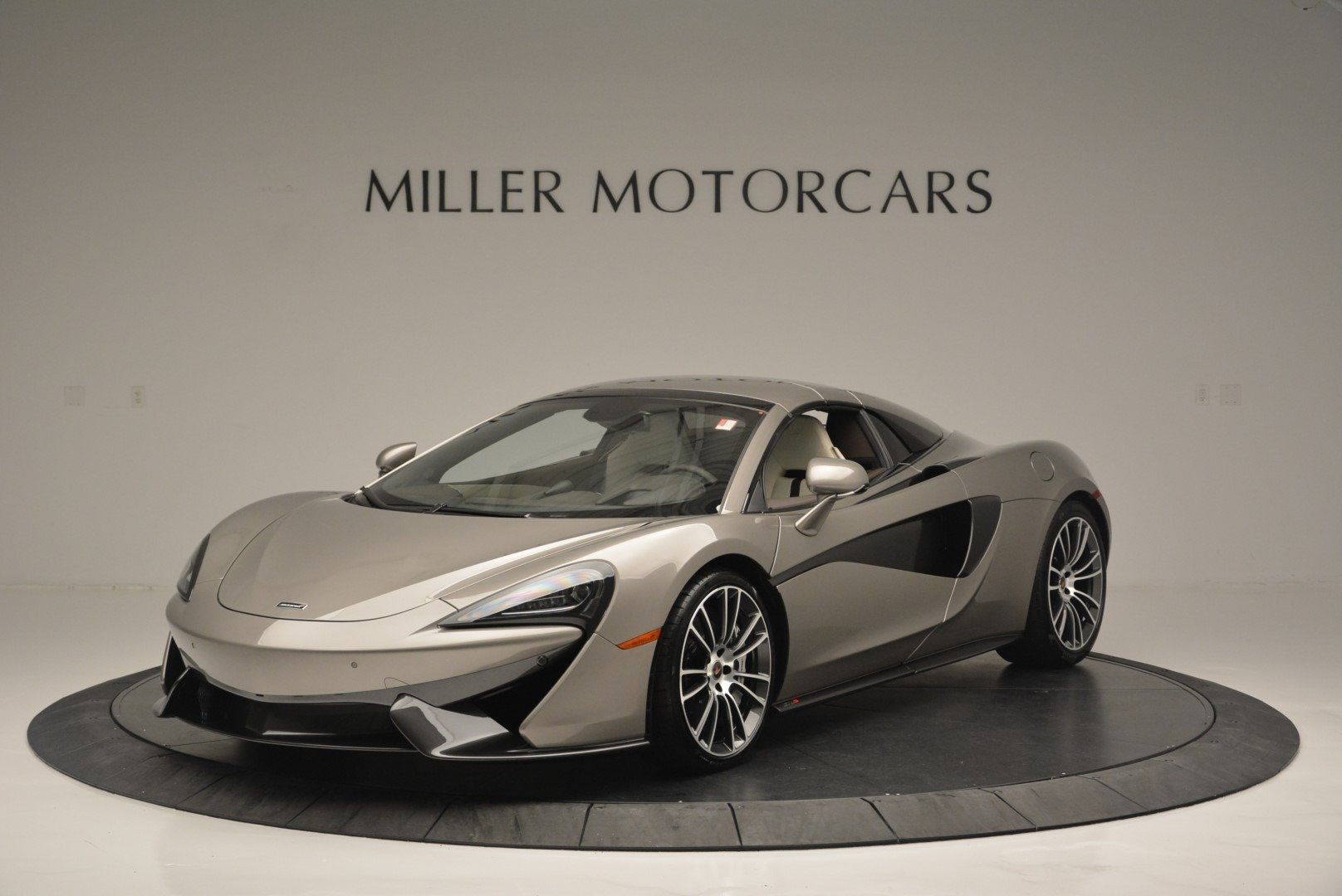 New 2018 McLaren 570S Spider For Sale In Greenwich, CT 2387_p14
