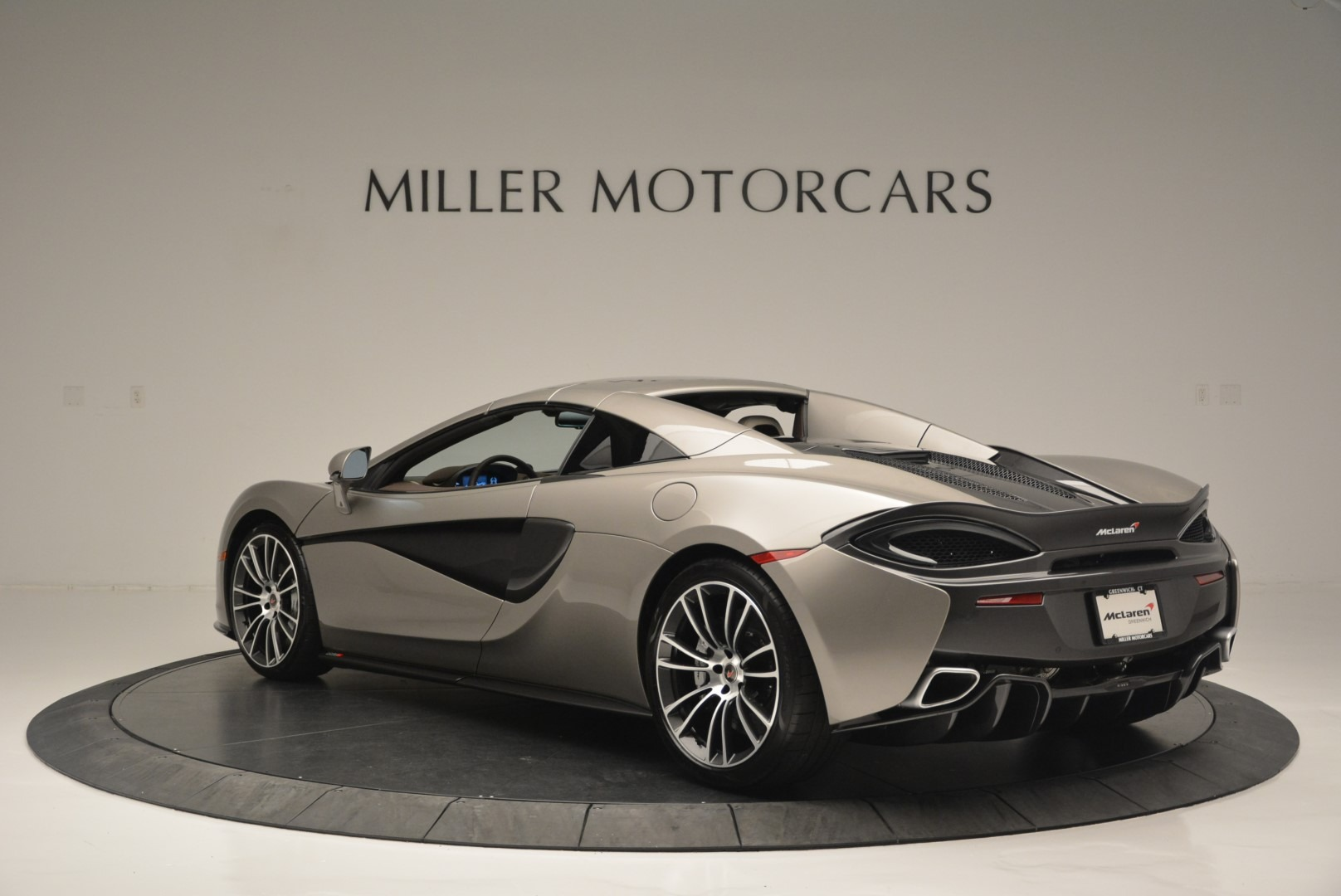 New 2018 McLaren 570S Spider For Sale In Greenwich, CT 2387_p16