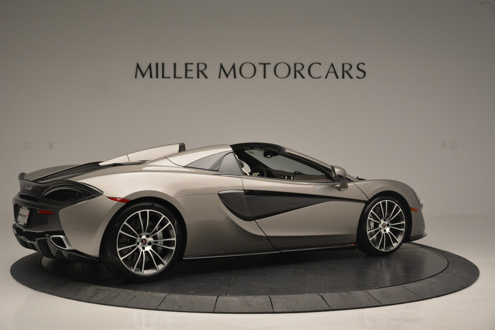 New 2018 McLaren 570S Spider For Sale In Greenwich, CT 2387_p8