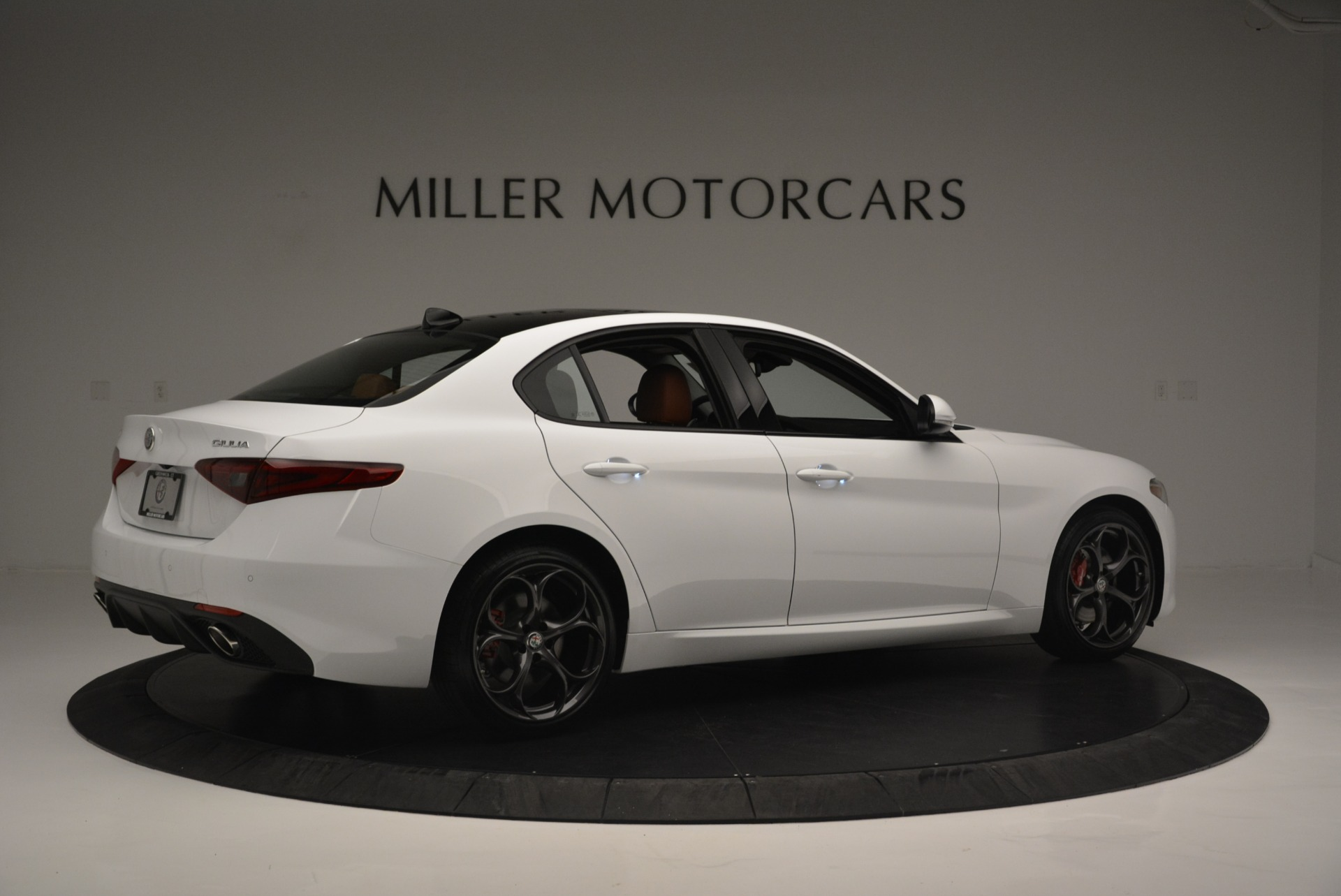 New 2018 Alfa Romeo Giulia Ti Sport Q4 For Sale In Greenwich, CT 2399_p8