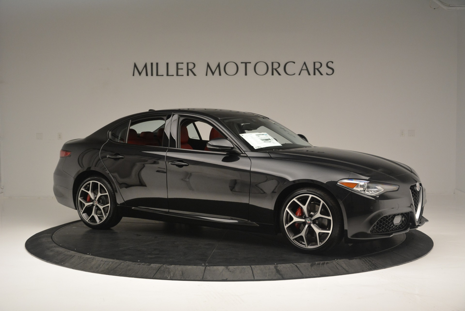 New 2018 Alfa Romeo Giulia Ti Sport Q4 For Sale In Greenwich, CT 2400_p10