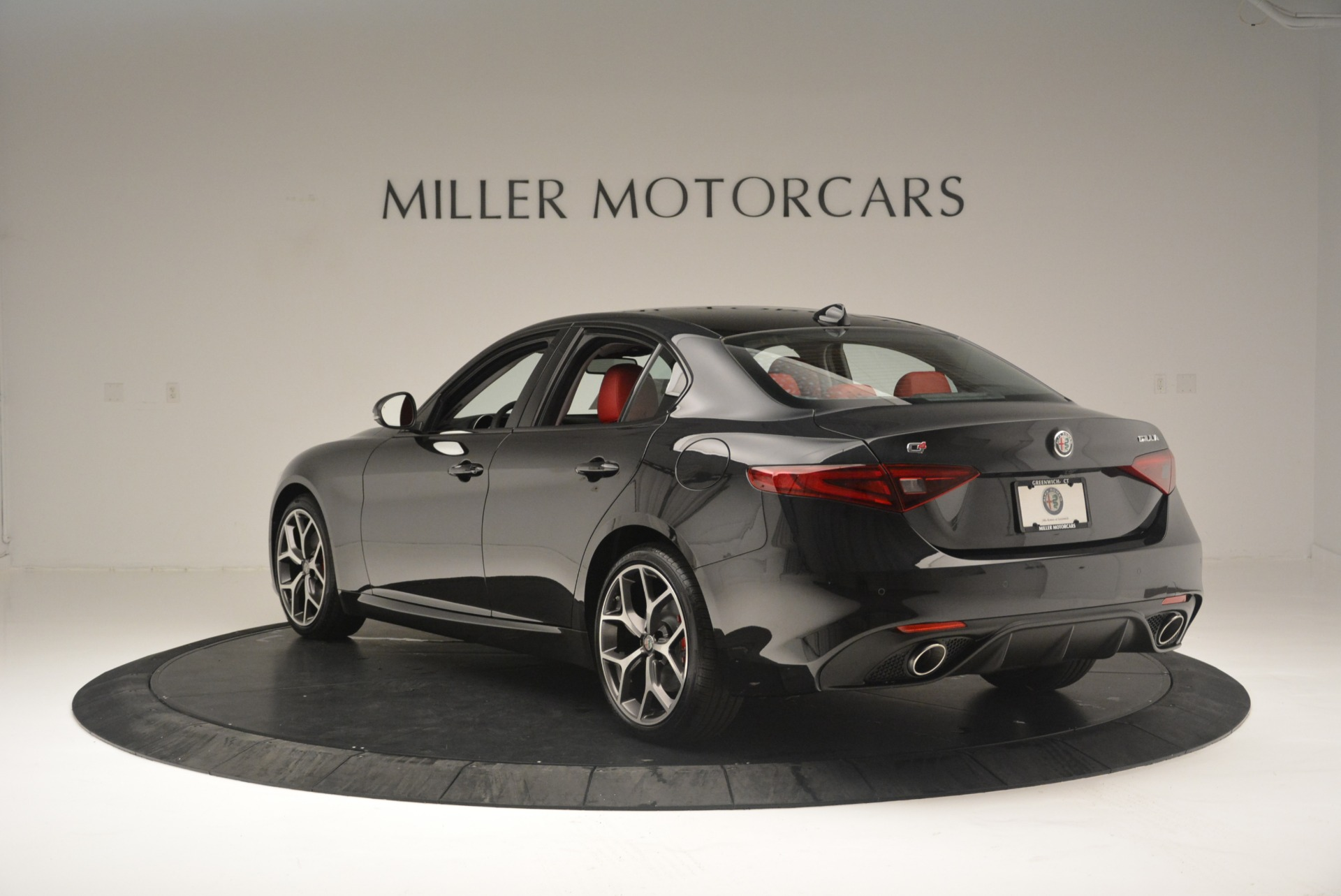 New 2018 Alfa Romeo Giulia Ti Sport Q4 For Sale In Greenwich, CT 2400_p5