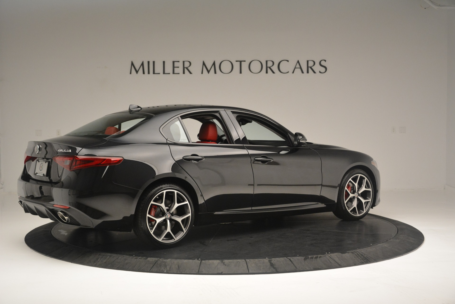 New 2018 Alfa Romeo Giulia Ti Sport Q4 For Sale In Greenwich, CT 2400_p8