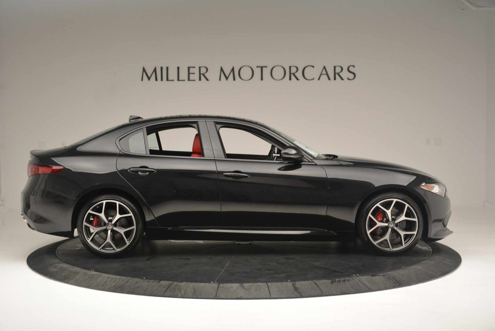 New 2018 Alfa Romeo Giulia Ti Sport Q4 For Sale In Greenwich, CT 2400_p9