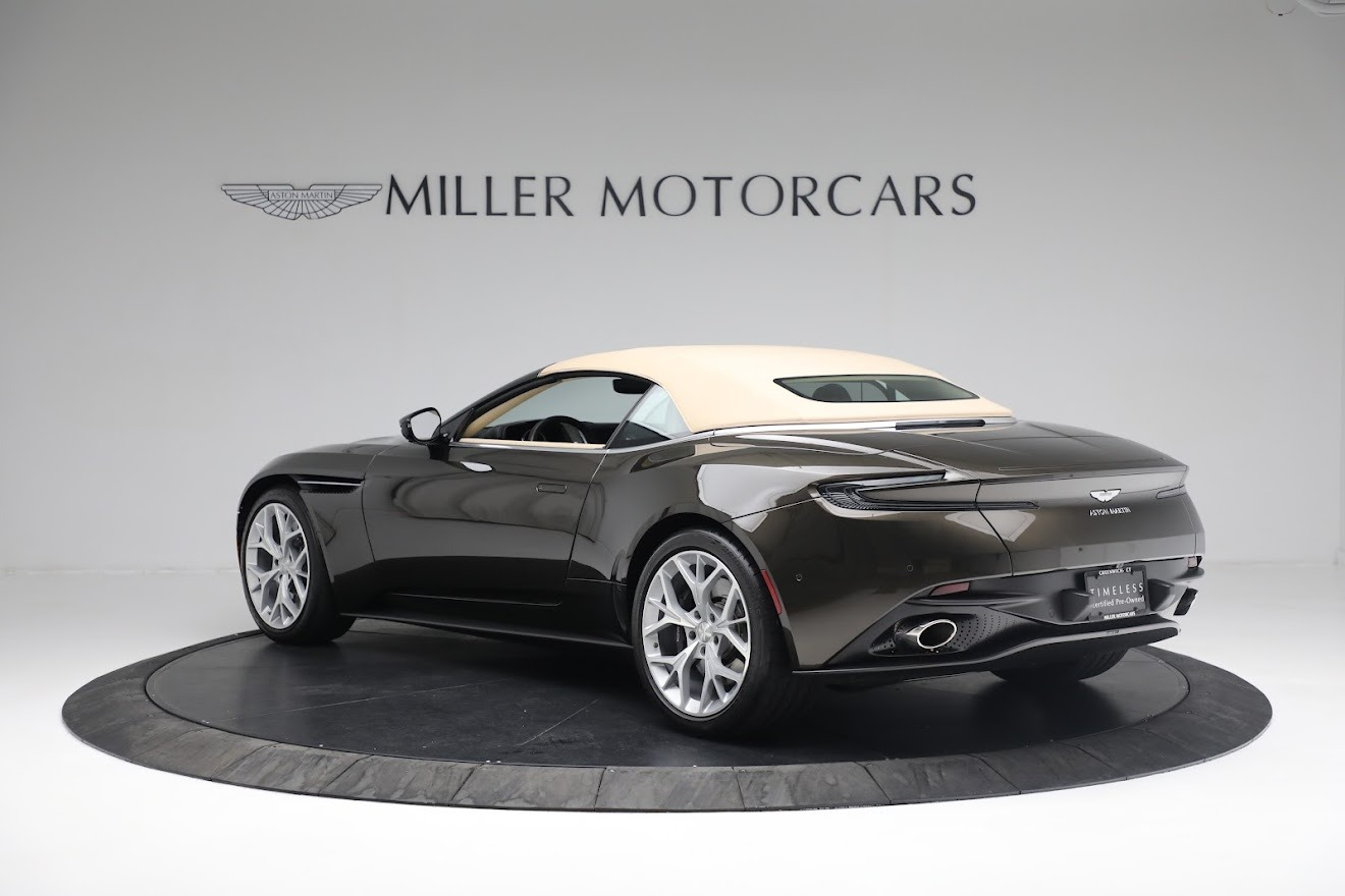 New 2019 Aston Martin DB11 V8 Convertible For Sale In Greenwich, CT 2410_p15