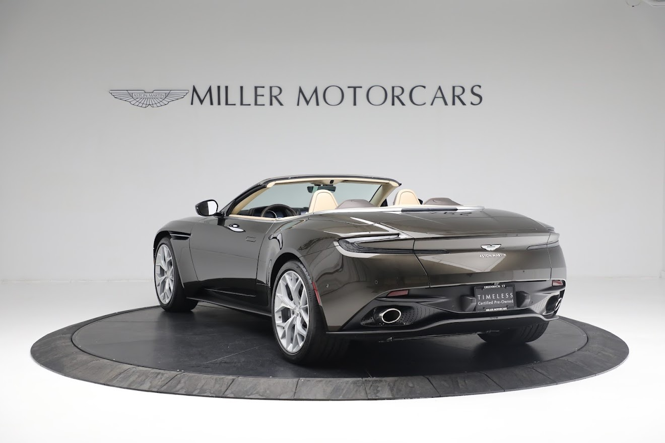 New 2019 Aston Martin DB11 V8 Convertible For Sale In Greenwich, CT 2410_p4