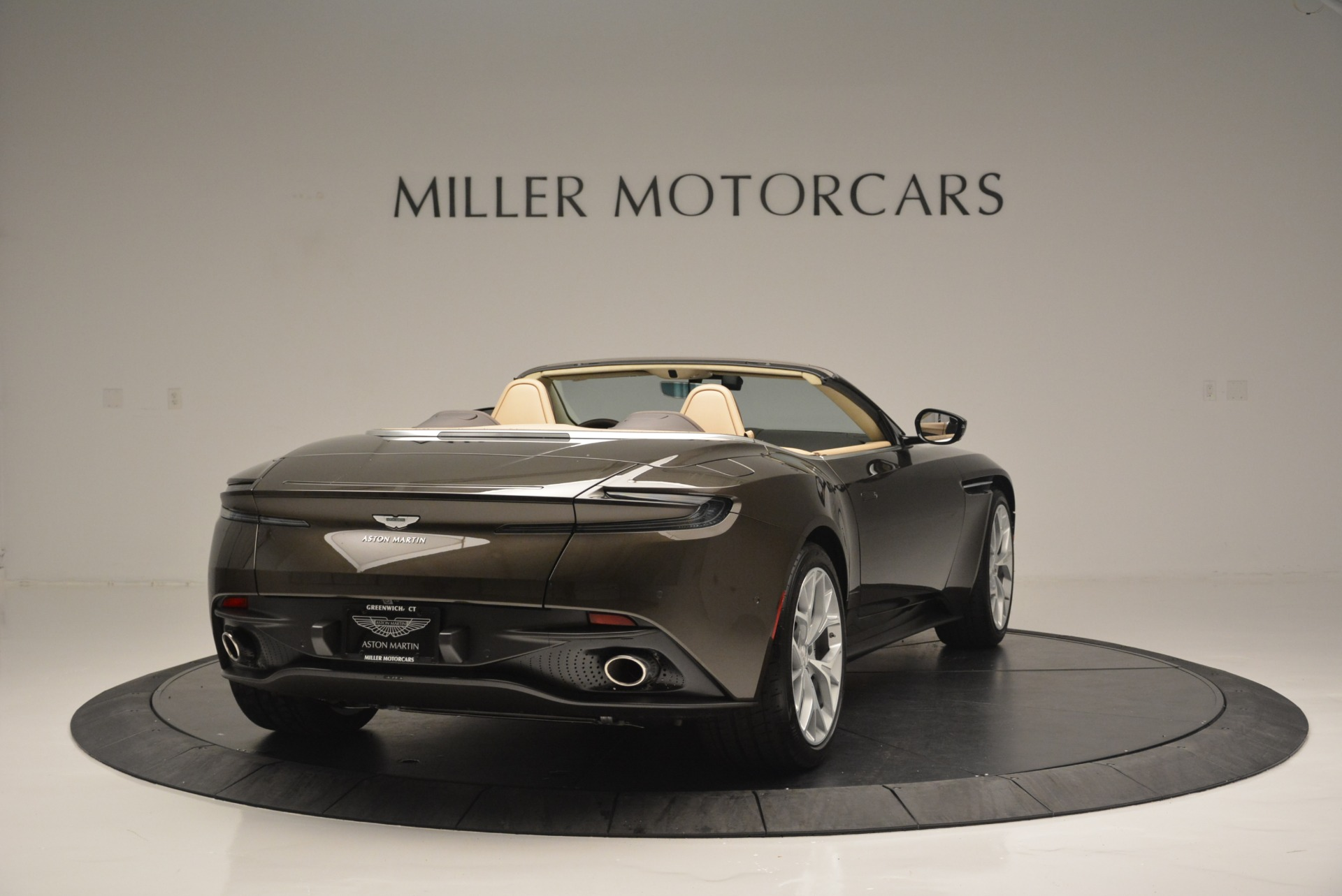 New 2019 Aston Martin DB11 V8 Convertible For Sale In Greenwich, CT 2410_p7