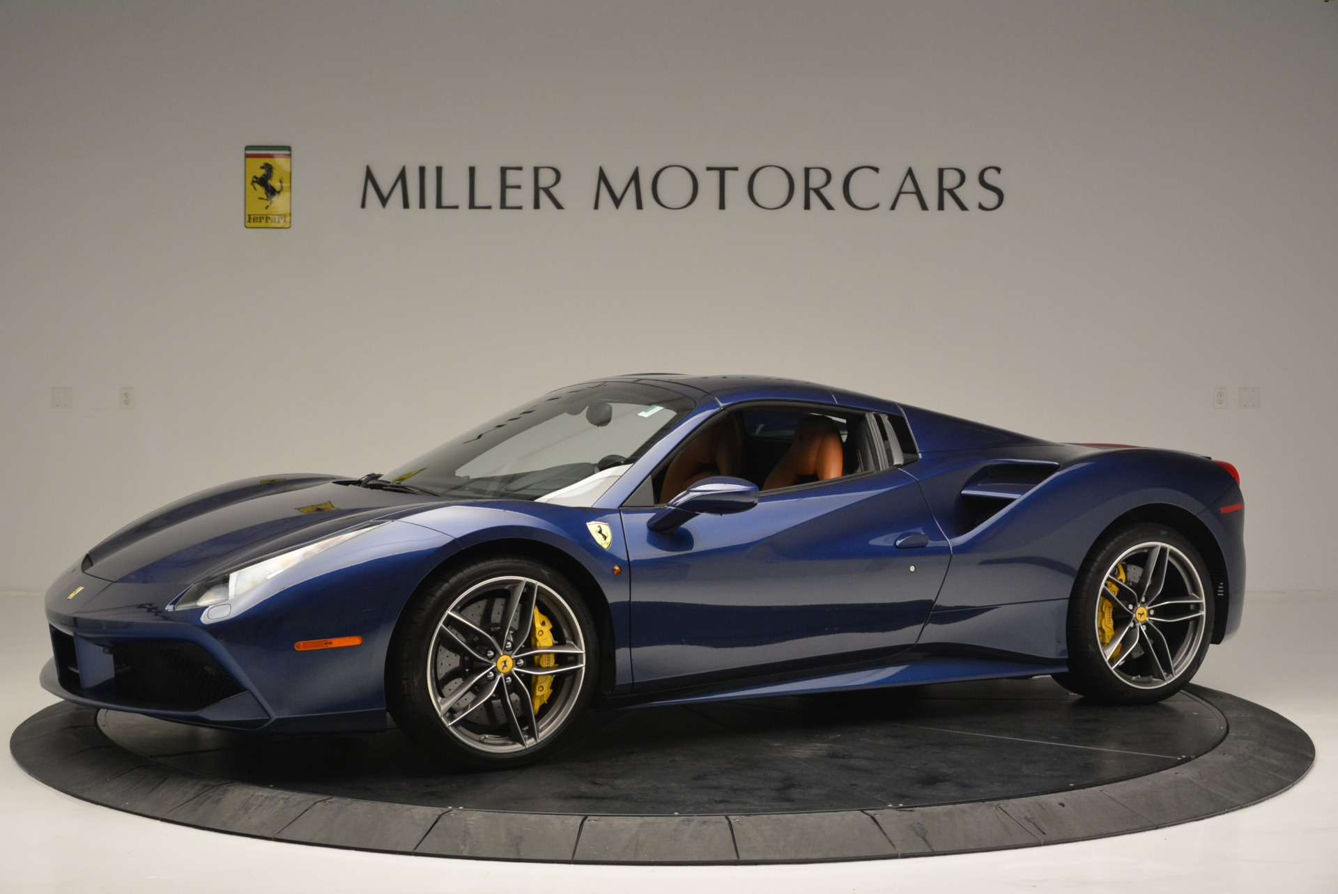 Used 2016 Ferrari 488 Spider  For Sale In Greenwich, CT 2411_p14