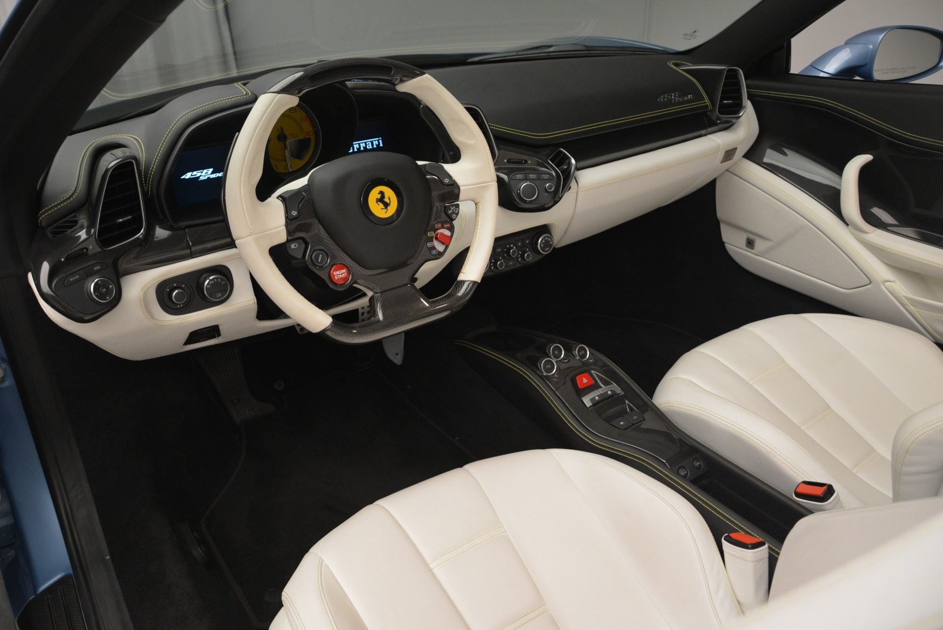 Used 2012 Ferrari 458 Spider  For Sale In Greenwich, CT 2413_p25