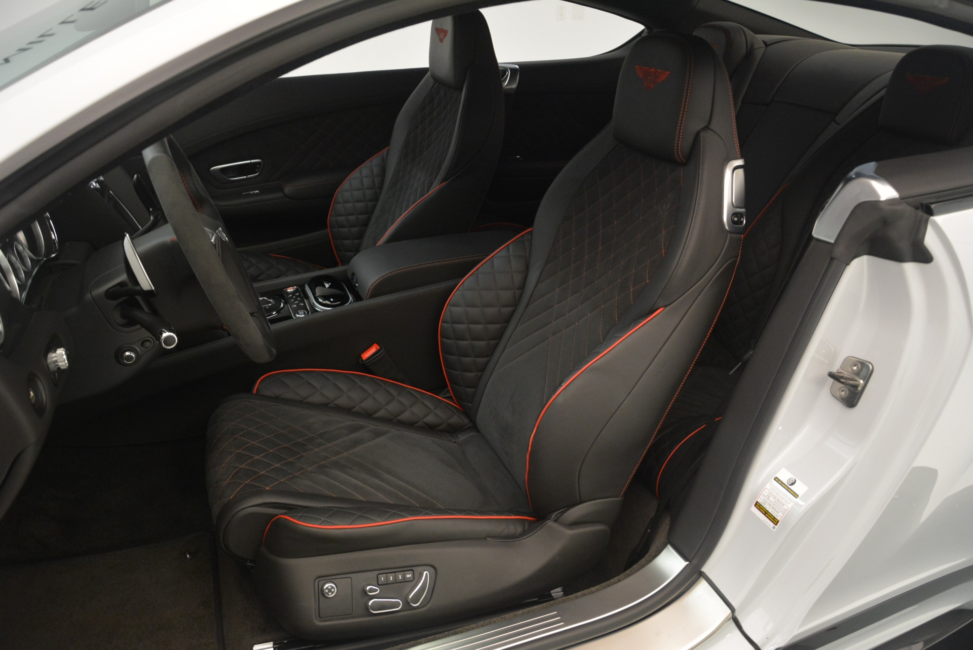 Used 2017 Bentley Continental GT Supersports For Sale In Greenwich, CT 2414_p24