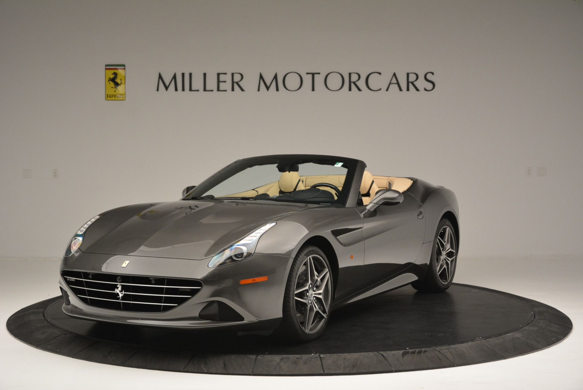 Used 2015 Ferrari California T  For Sale In Greenwich, CT