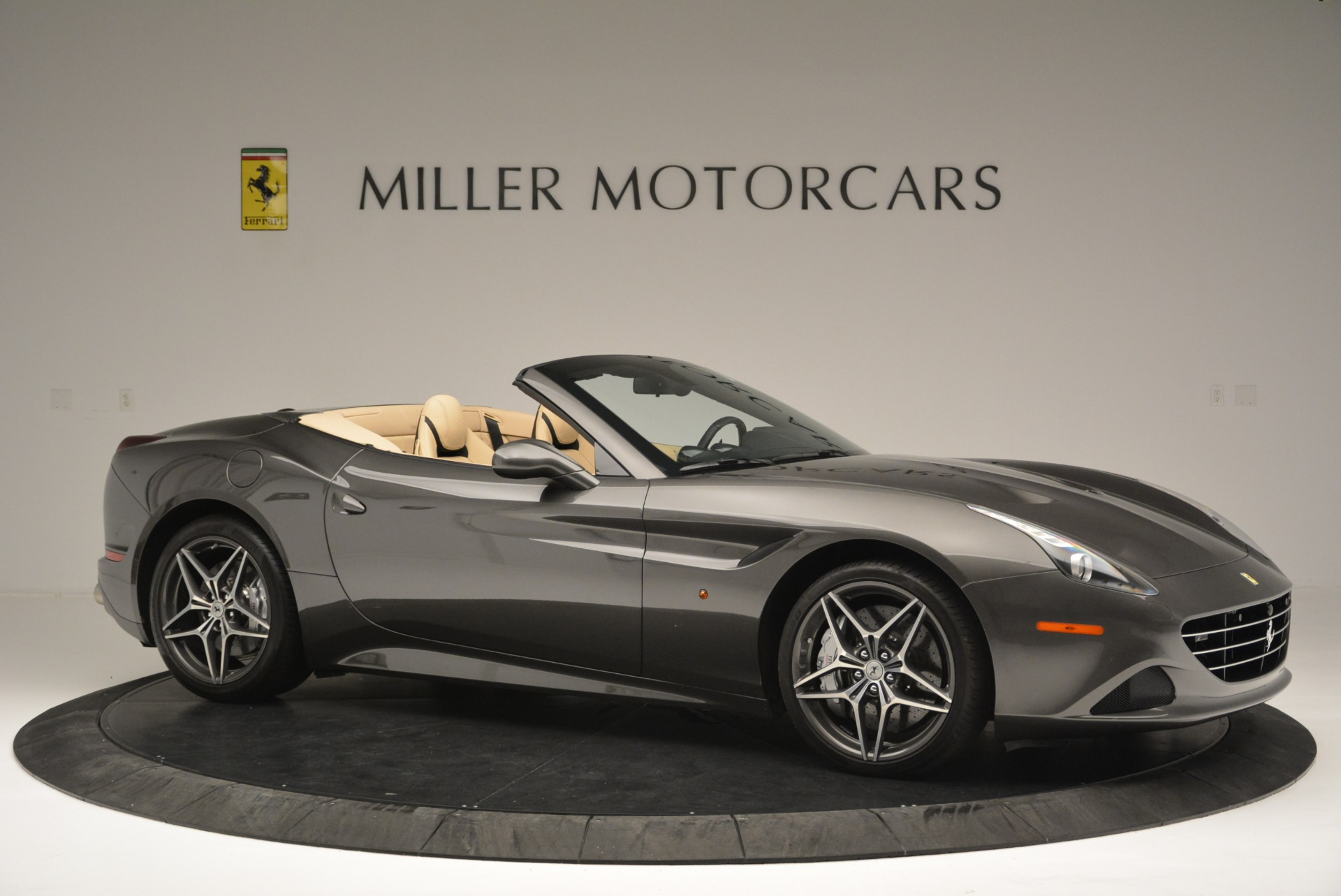 Used 2015 Ferrari California T  For Sale In Greenwich, CT 2415_p10
