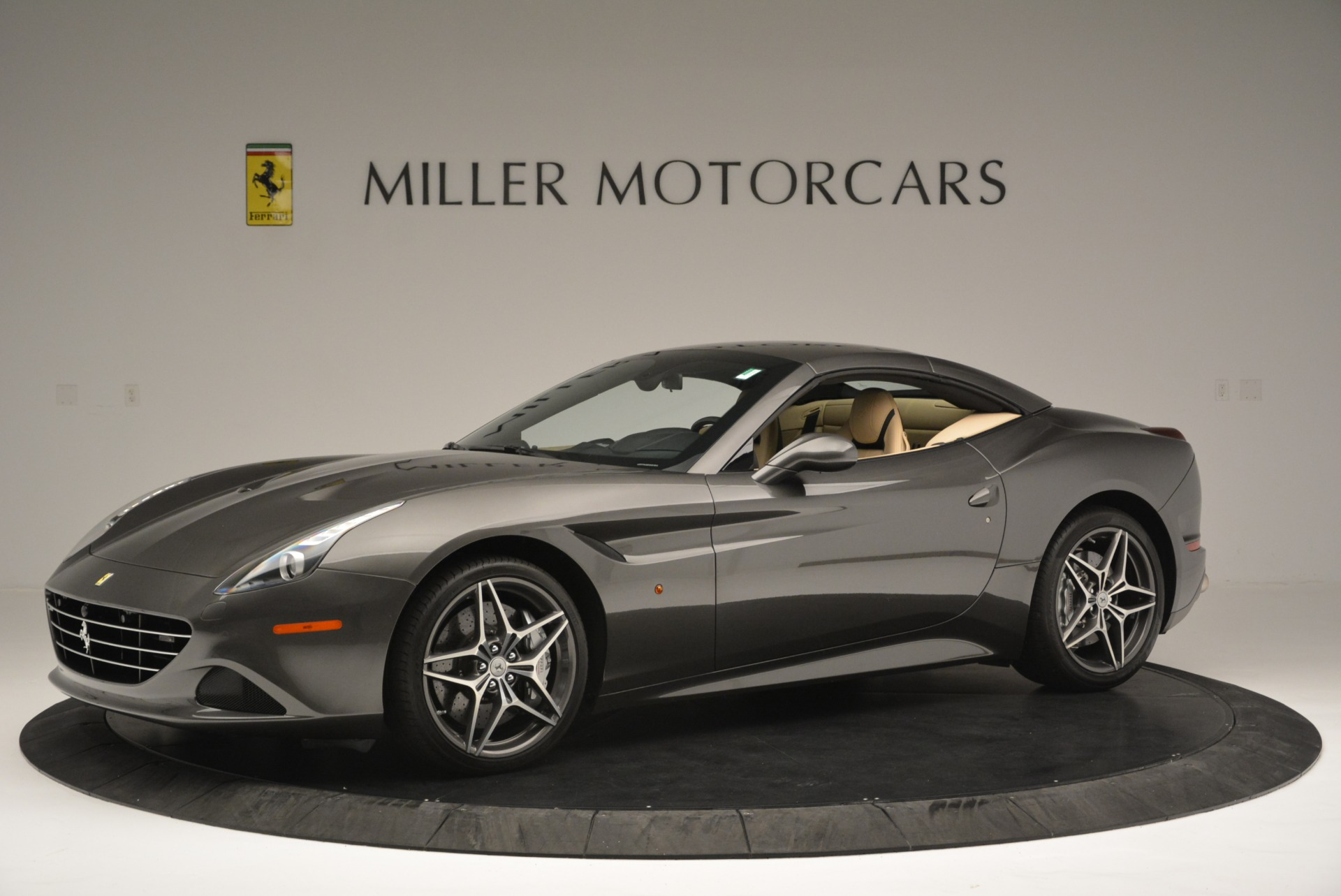 Used 2015 Ferrari California T  For Sale In Greenwich, CT 2415_p14