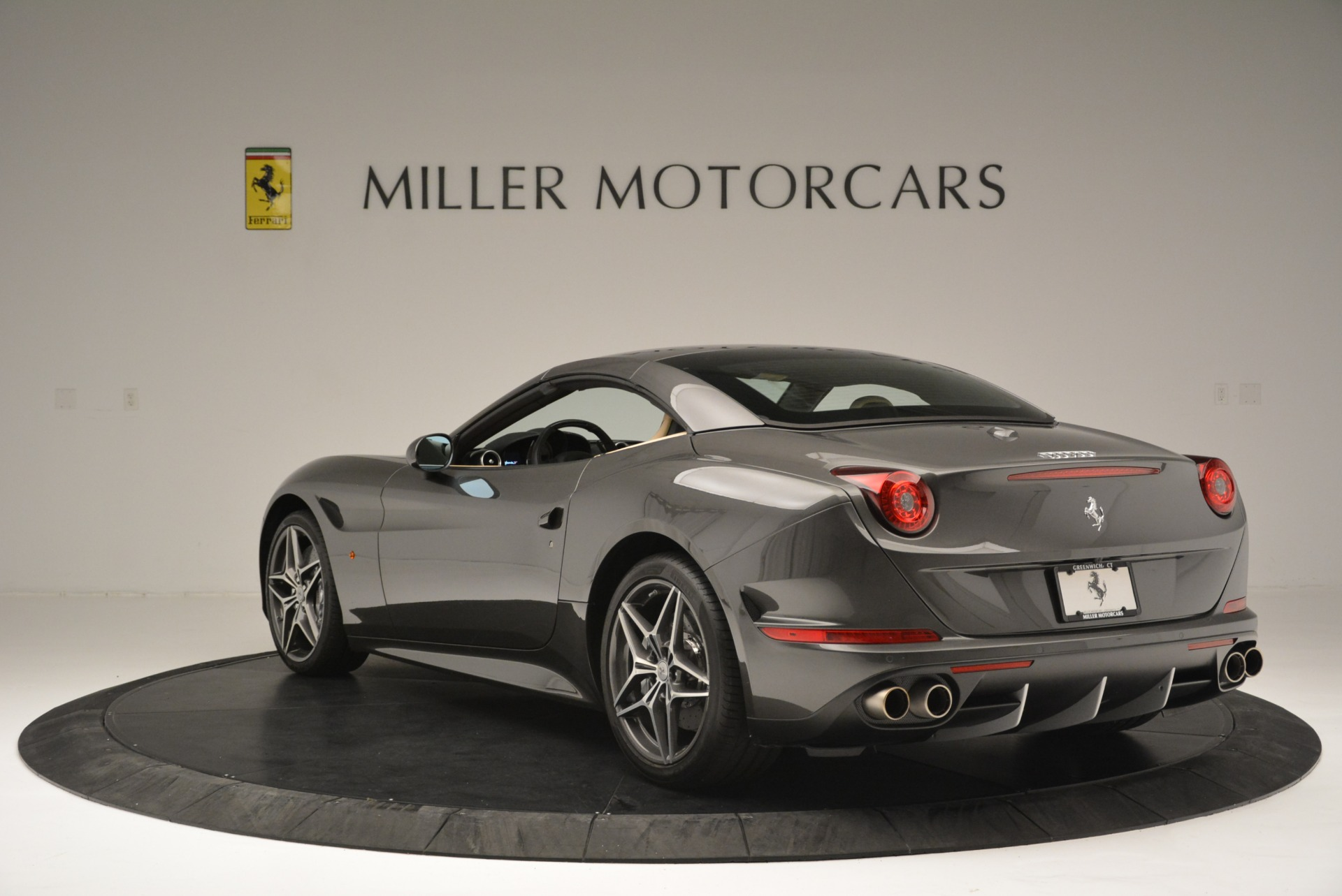 Used 2015 Ferrari California T  For Sale In Greenwich, CT 2415_p17