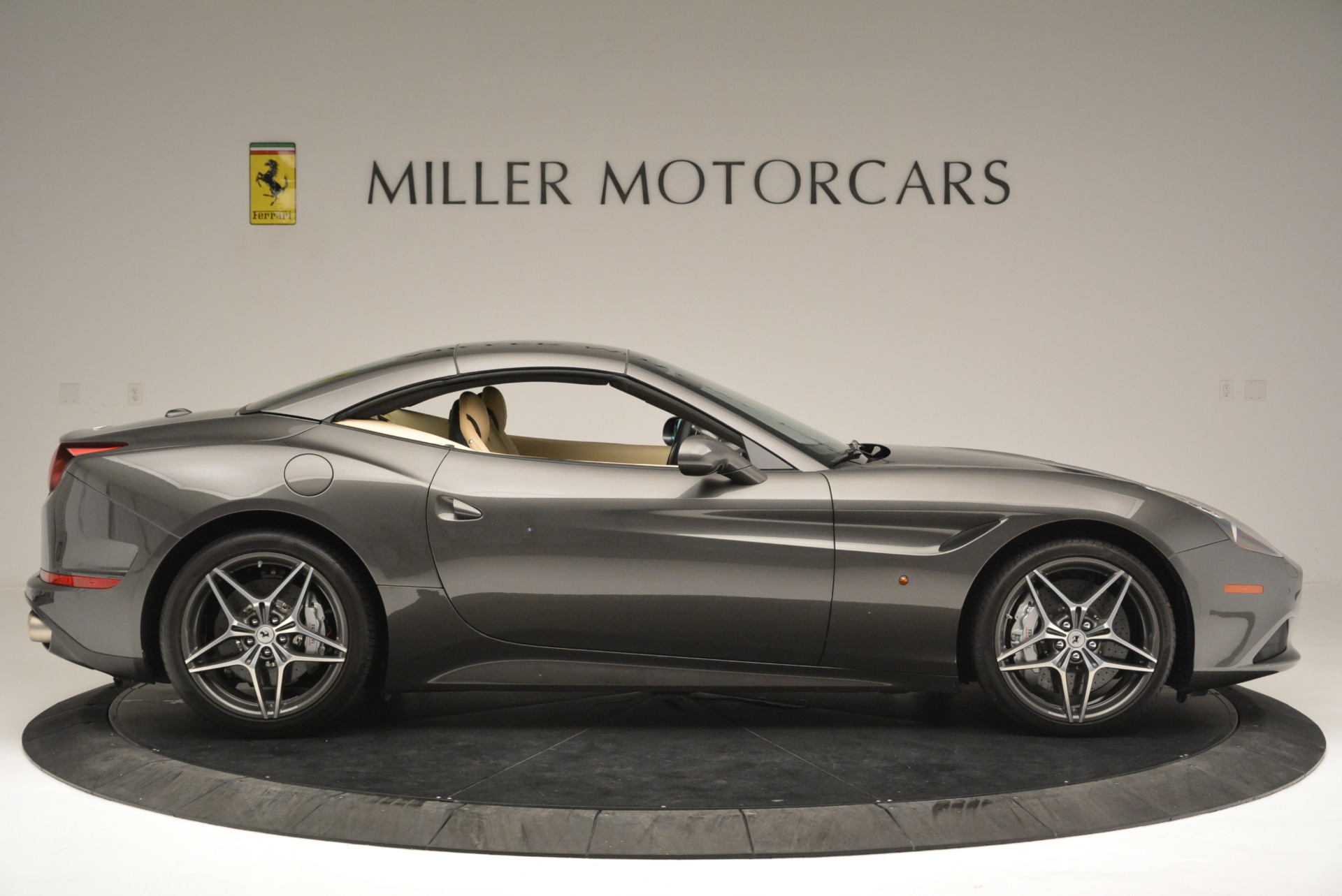 Used 2015 Ferrari California T  For Sale In Greenwich, CT 2415_p21