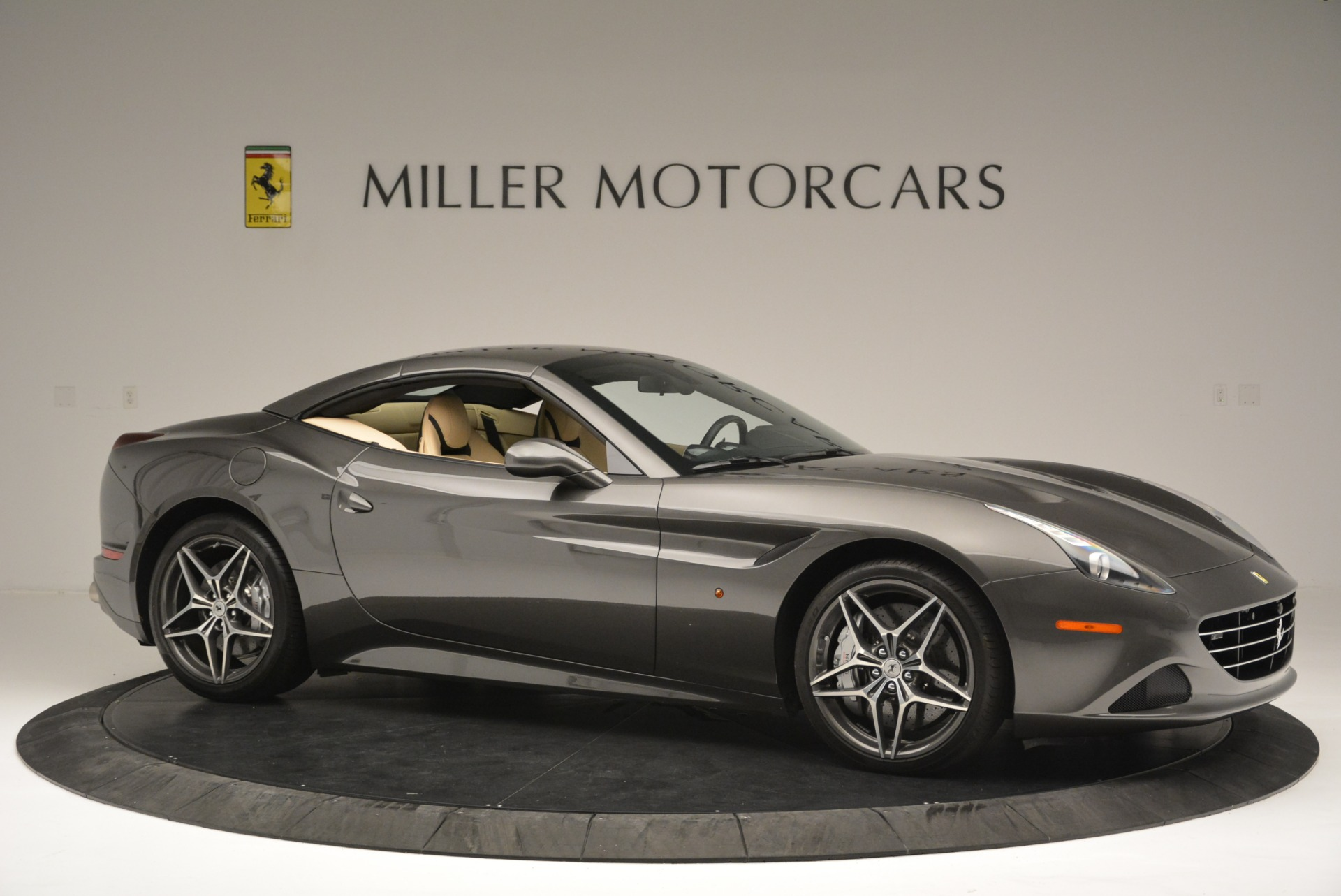 Used 2015 Ferrari California T  For Sale In Greenwich, CT 2415_p22