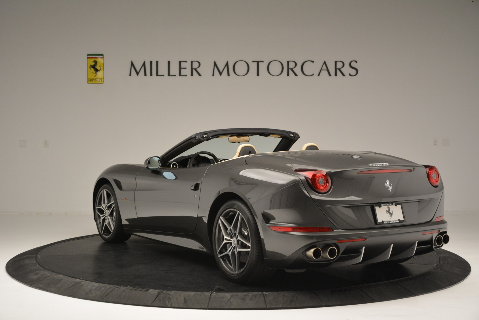 Used 2015 Ferrari California T  For Sale In Greenwich, CT 2415_p5