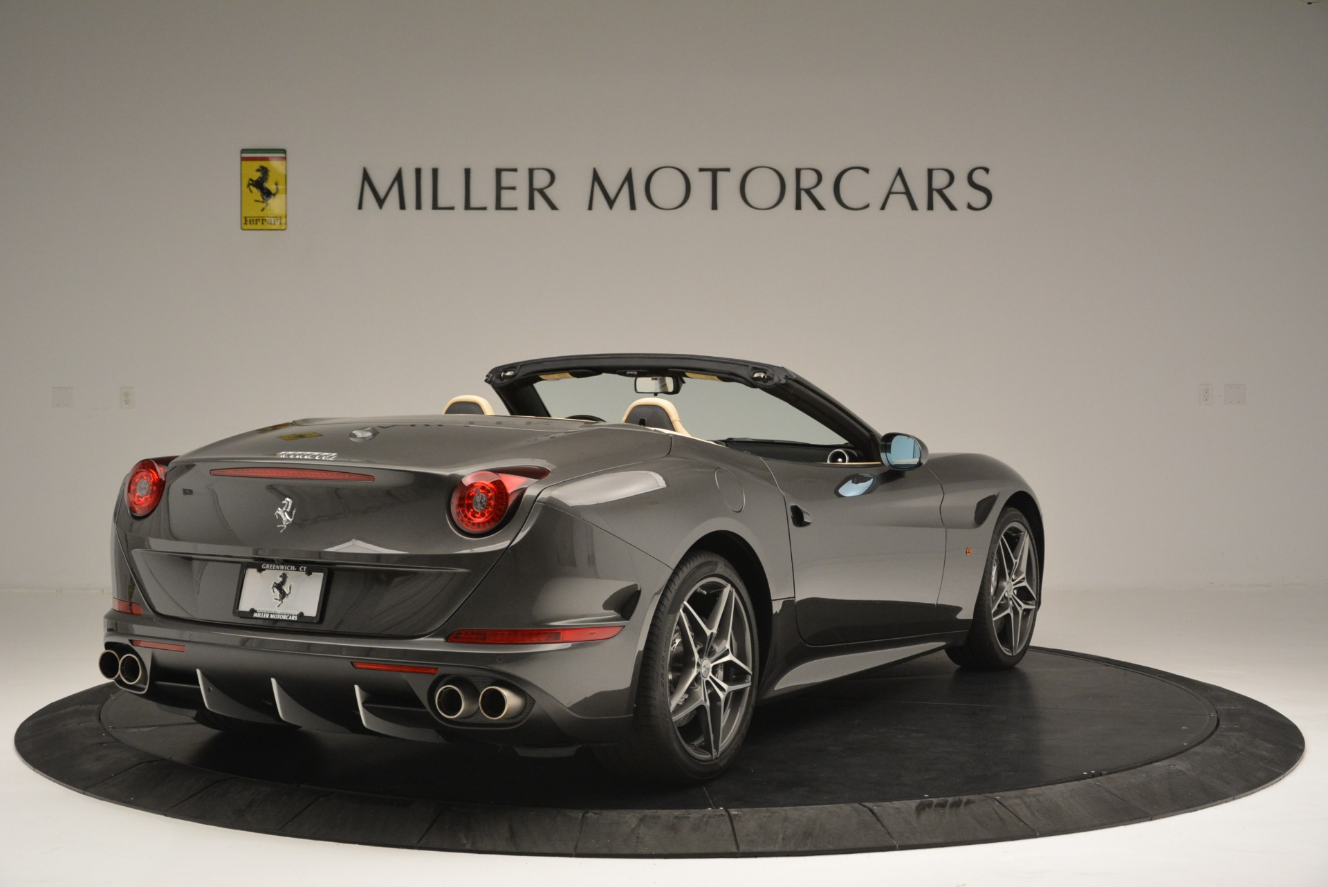 Used 2015 Ferrari California T  For Sale In Greenwich, CT 2415_p7