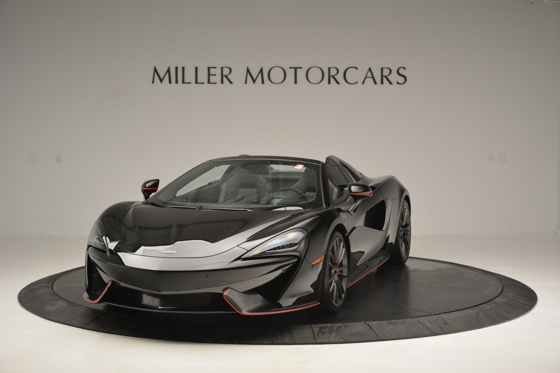 Used 2018 McLaren 570S Spider For Sale In Greenwich, CT 2420_main