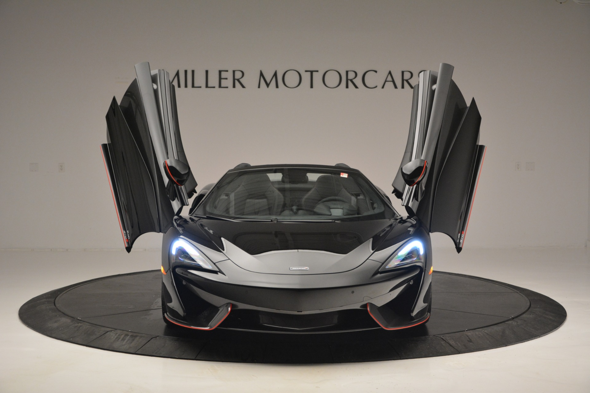 Used 2018 McLaren 570S Spider For Sale In Greenwich, CT 2420_p13