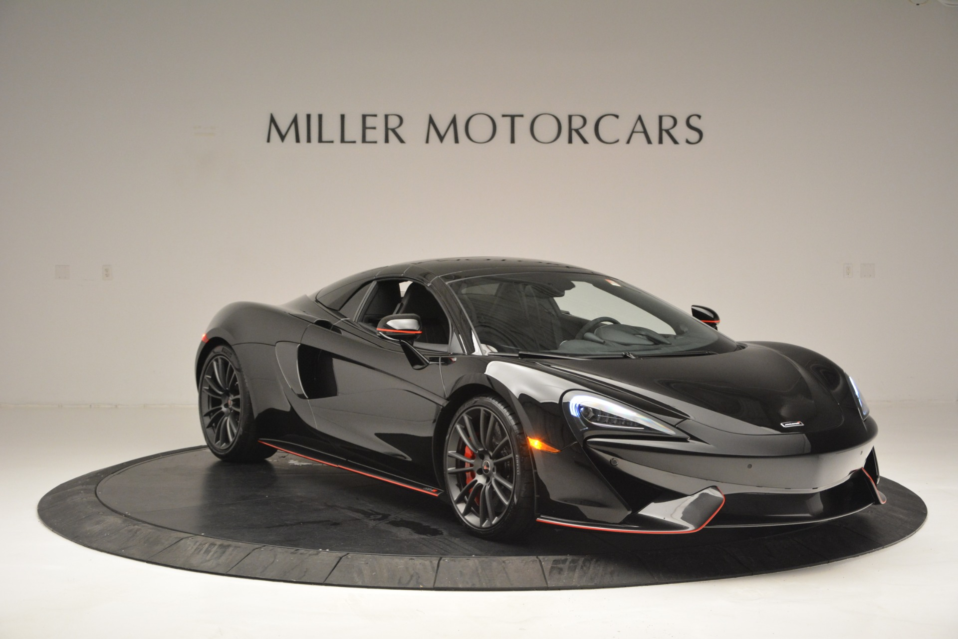 Used 2018 McLaren 570S Spider For Sale In Greenwich, CT 2420_p21